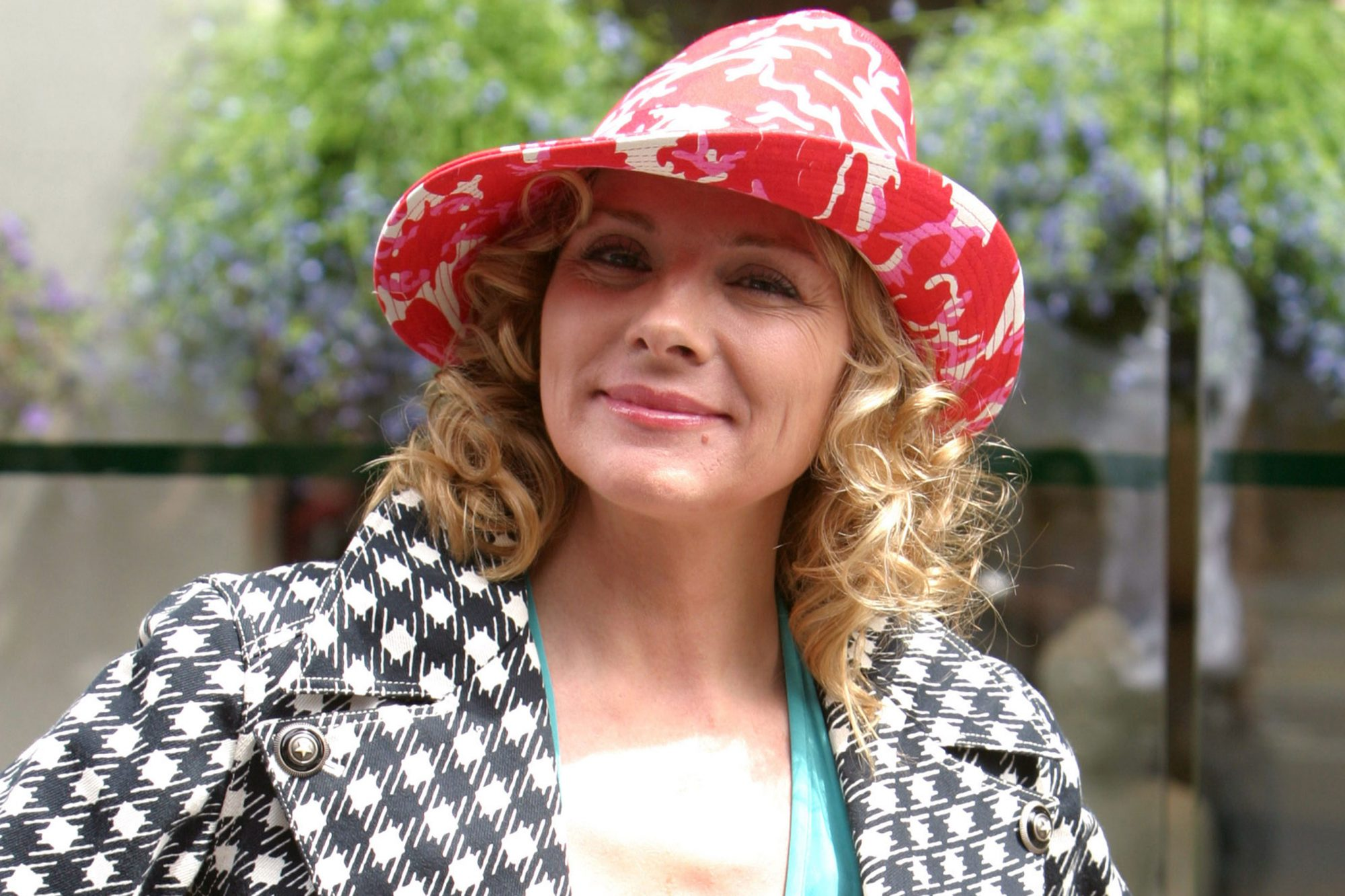 "Kim Cattrall on Location For ""Sex and the City"" on May 20, 2003"