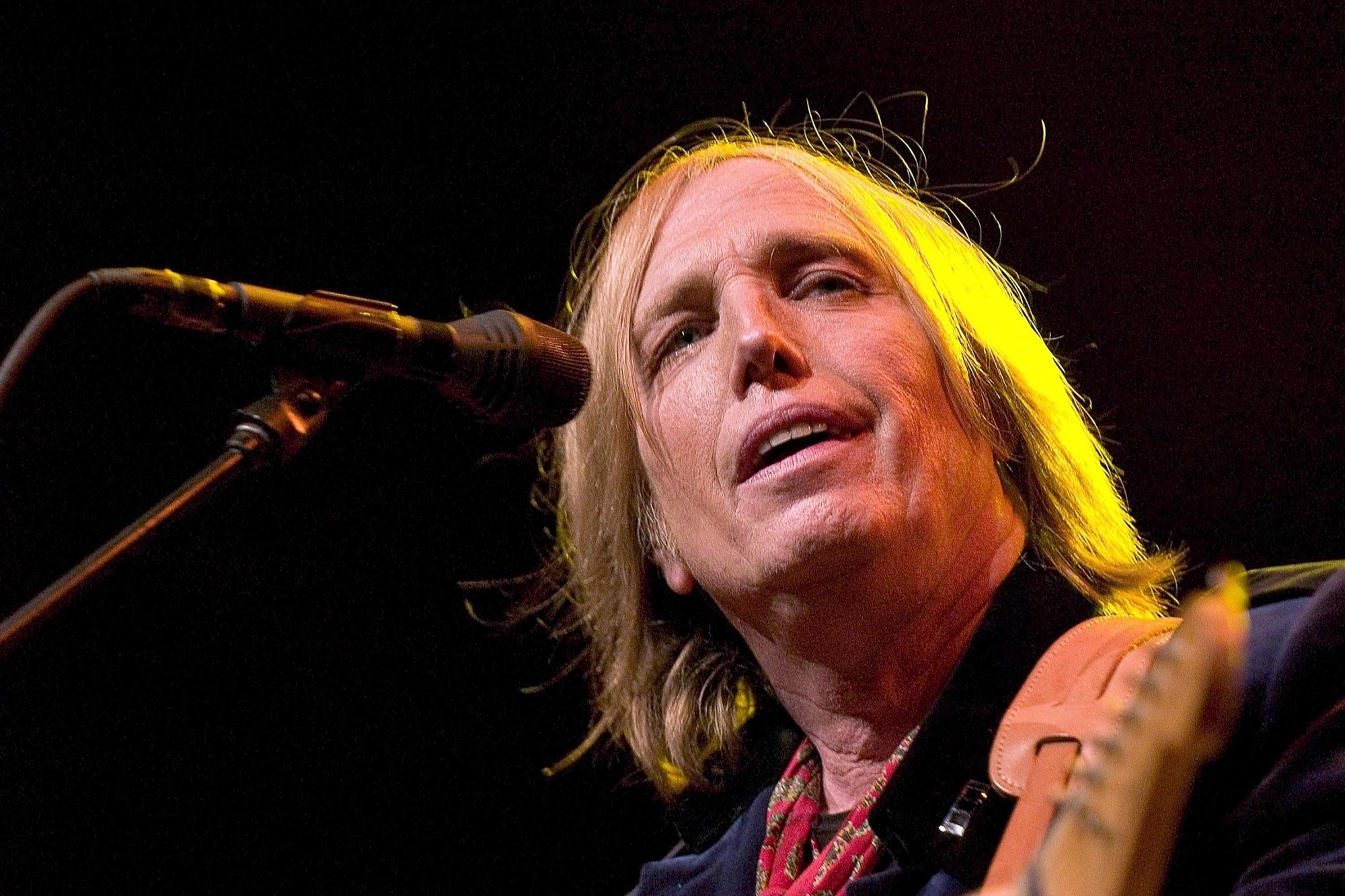 Tom Petty & The Heartbreakers in Concert at Tweeter Center in Tinley Park - July 15, 2005
