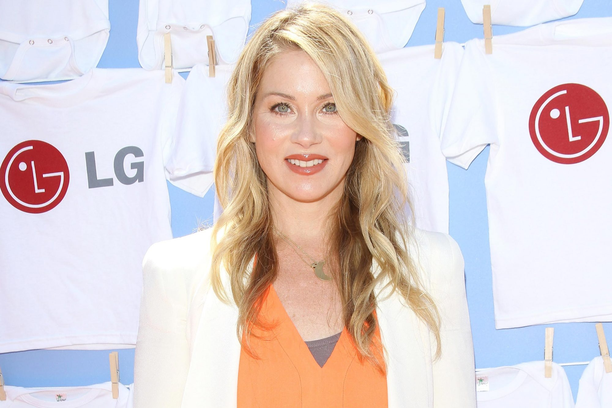 "20 Magic Minutes...A Family Celebration Benefiting Christina Applegate's Chartitable Initiative ""Right Action For Women"""