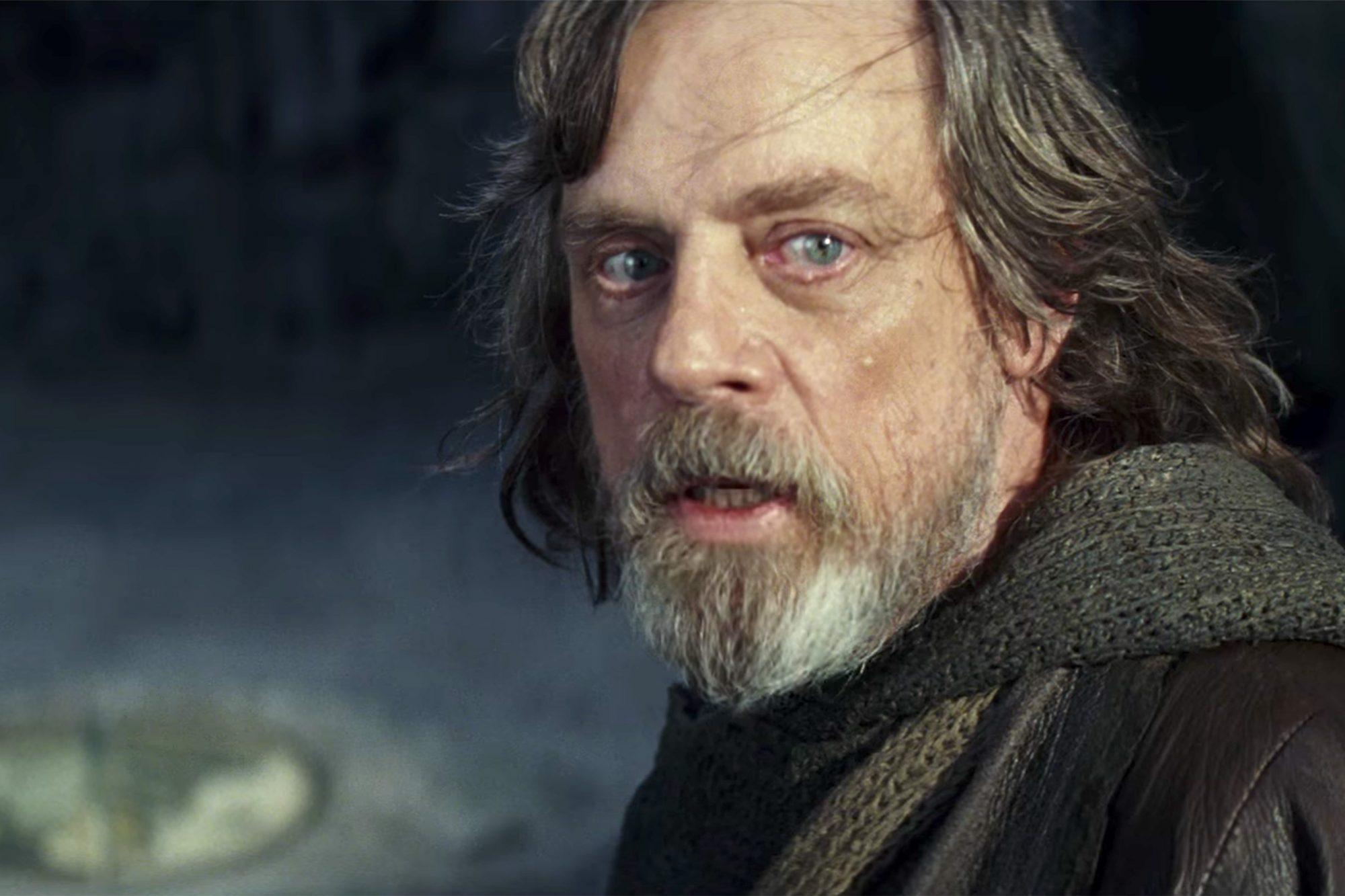 The Last Jedi Joseph Gordon Levitt Role Revealed And More Star Wars Easter Eggs Ew Com