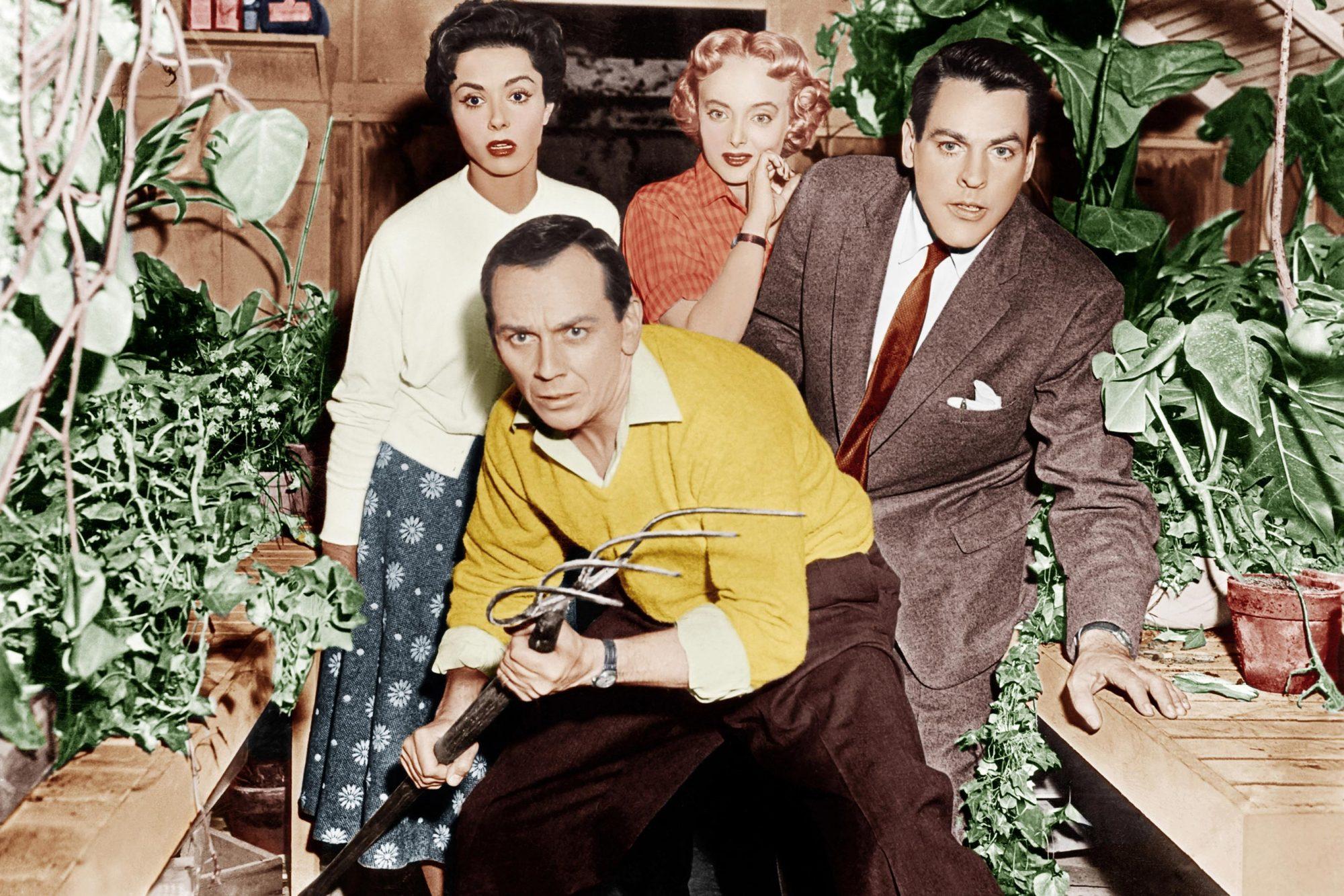 INVASION OF THE BODY SNATCHERS, from left: Dana Wynter, King Donovan, Carolyn Jones, Kevin McCarthy,