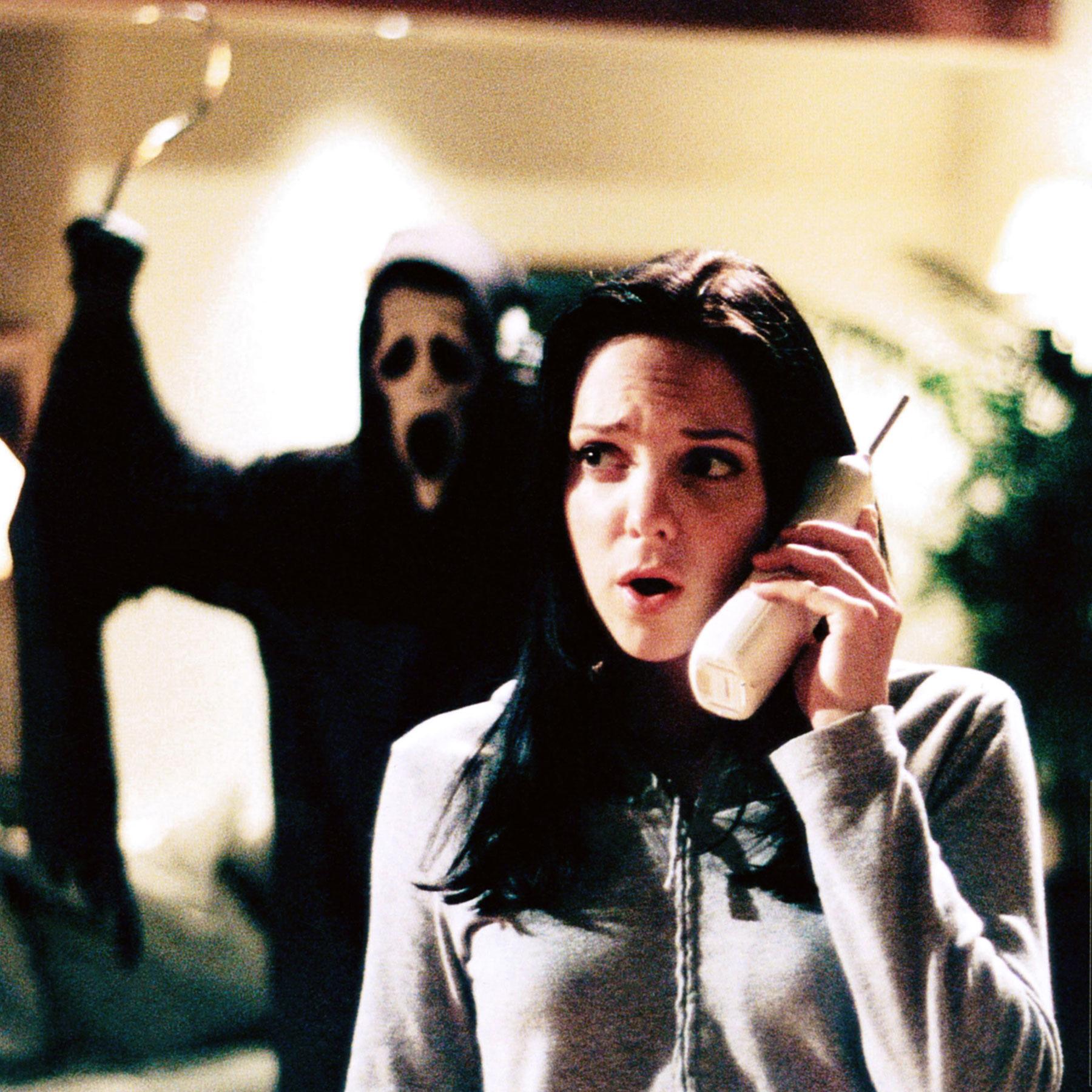 SCARY MOVIE, Dave Sheridan (rear), Anna Faris (front), 2000, © Dimension Films/courtesy Everett Coll