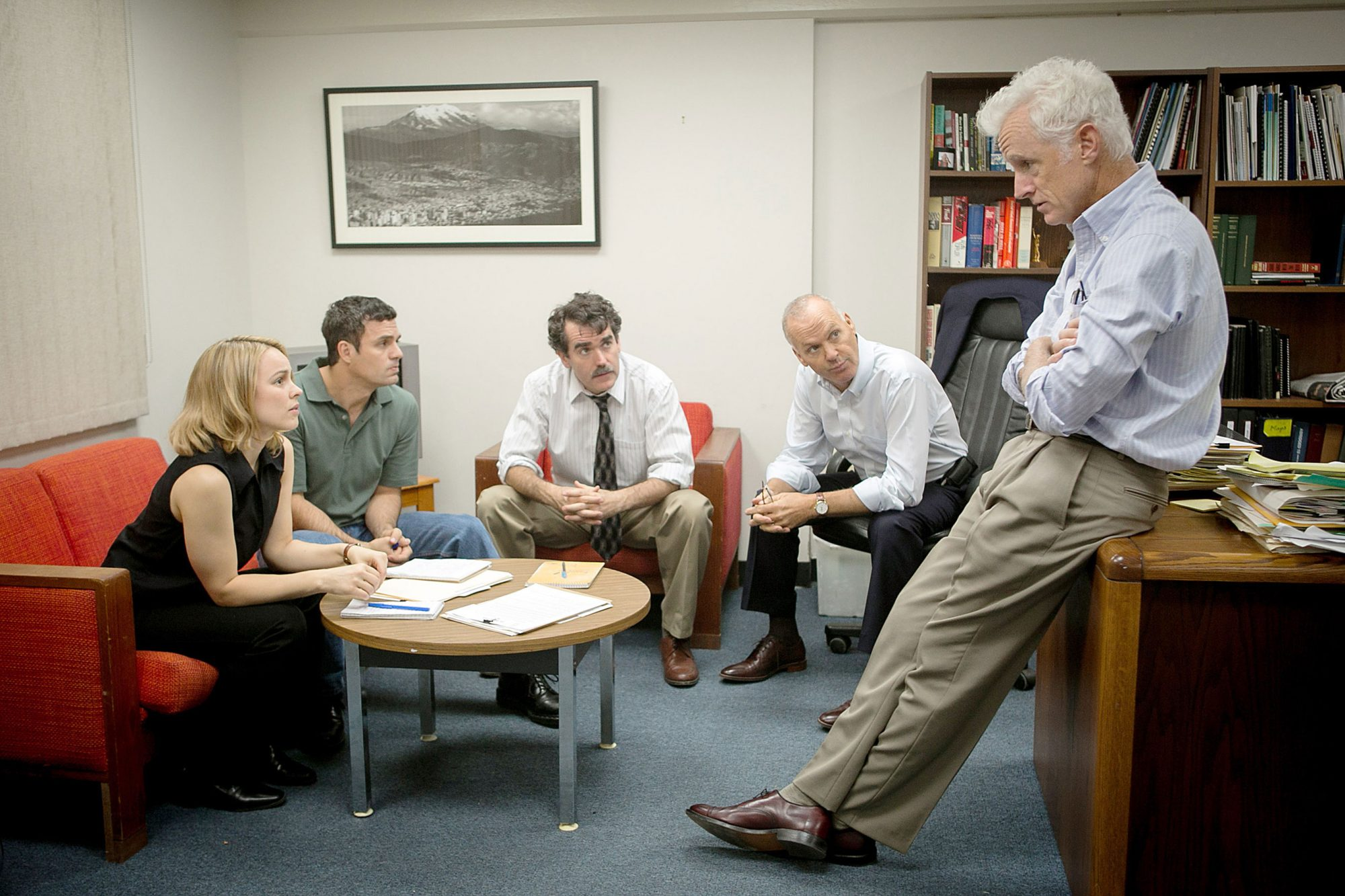 SPOTLIGHT, from left: Rachel McAdams, Mark Ruffalo, Brian d'Arcy James, Michael Keaton, John