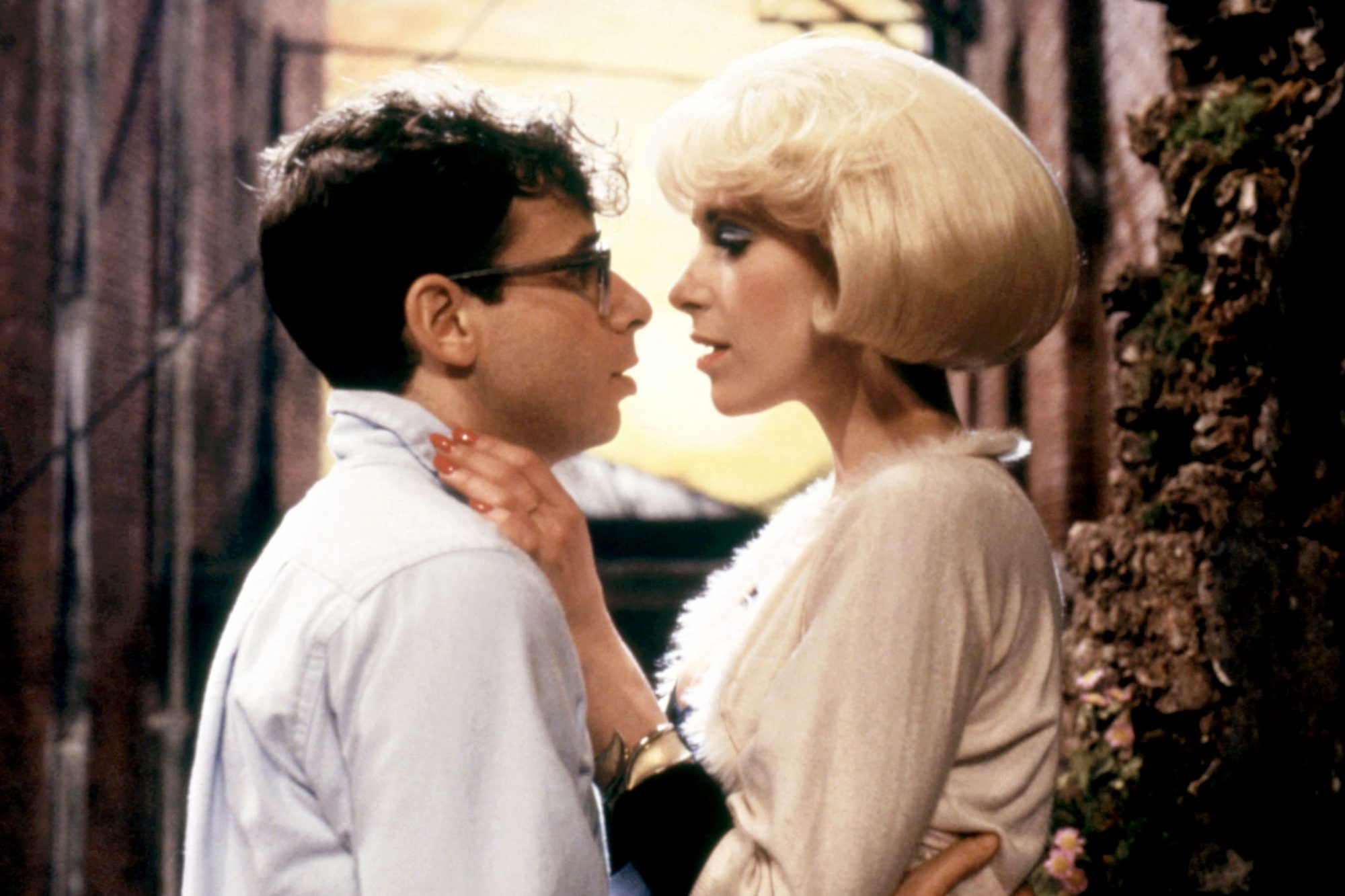 LITTLE SHOP OF HORRORS, Rick Moranis, Ellen Greene, 1986, (c)Warner Bros./courtesy Everett Collectio