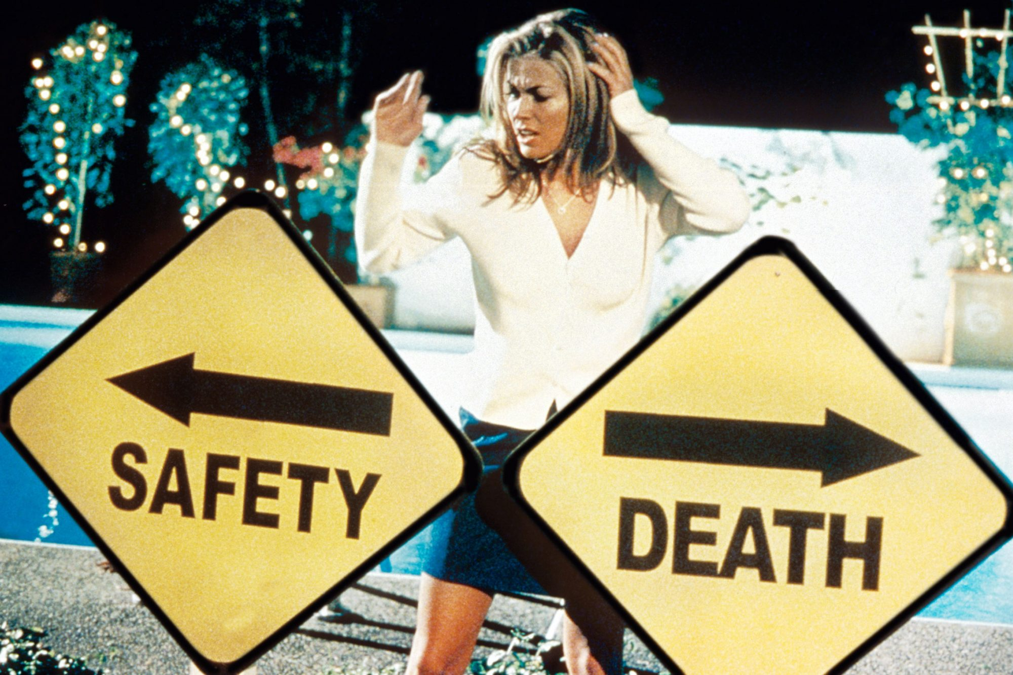 SCARY MOVIE, Carmen Electra, 2000, ©Dimension Films/courtesy Everett Collection