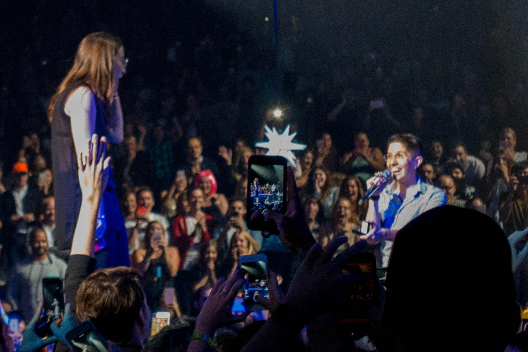 Katy Perry helps a gay couple get engaged at her concert