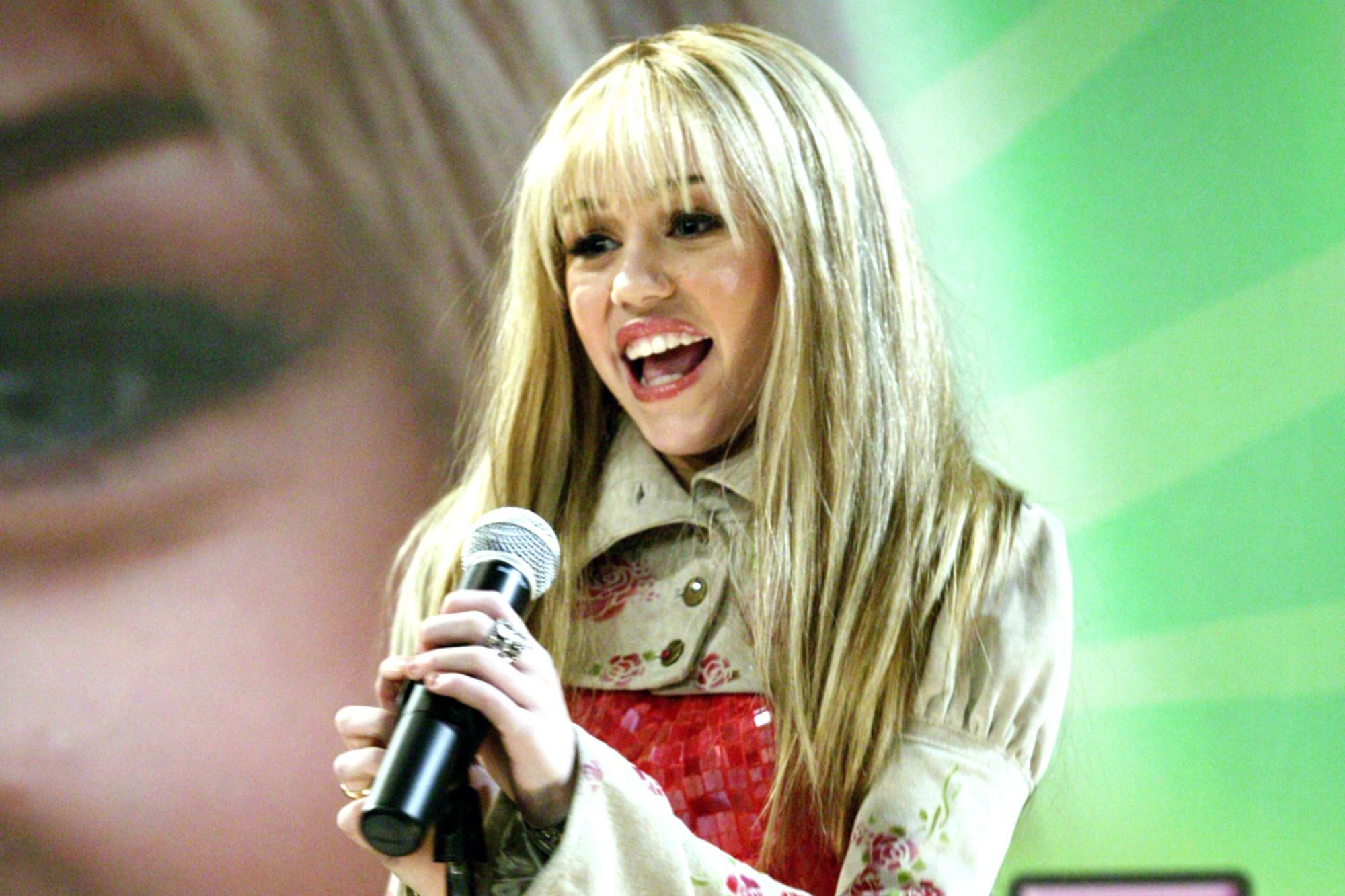 HANNAH MONTANA, Miley Cyrus, (Season 1), 2006-, © Disney Channel / Courtesy: Everett Collection