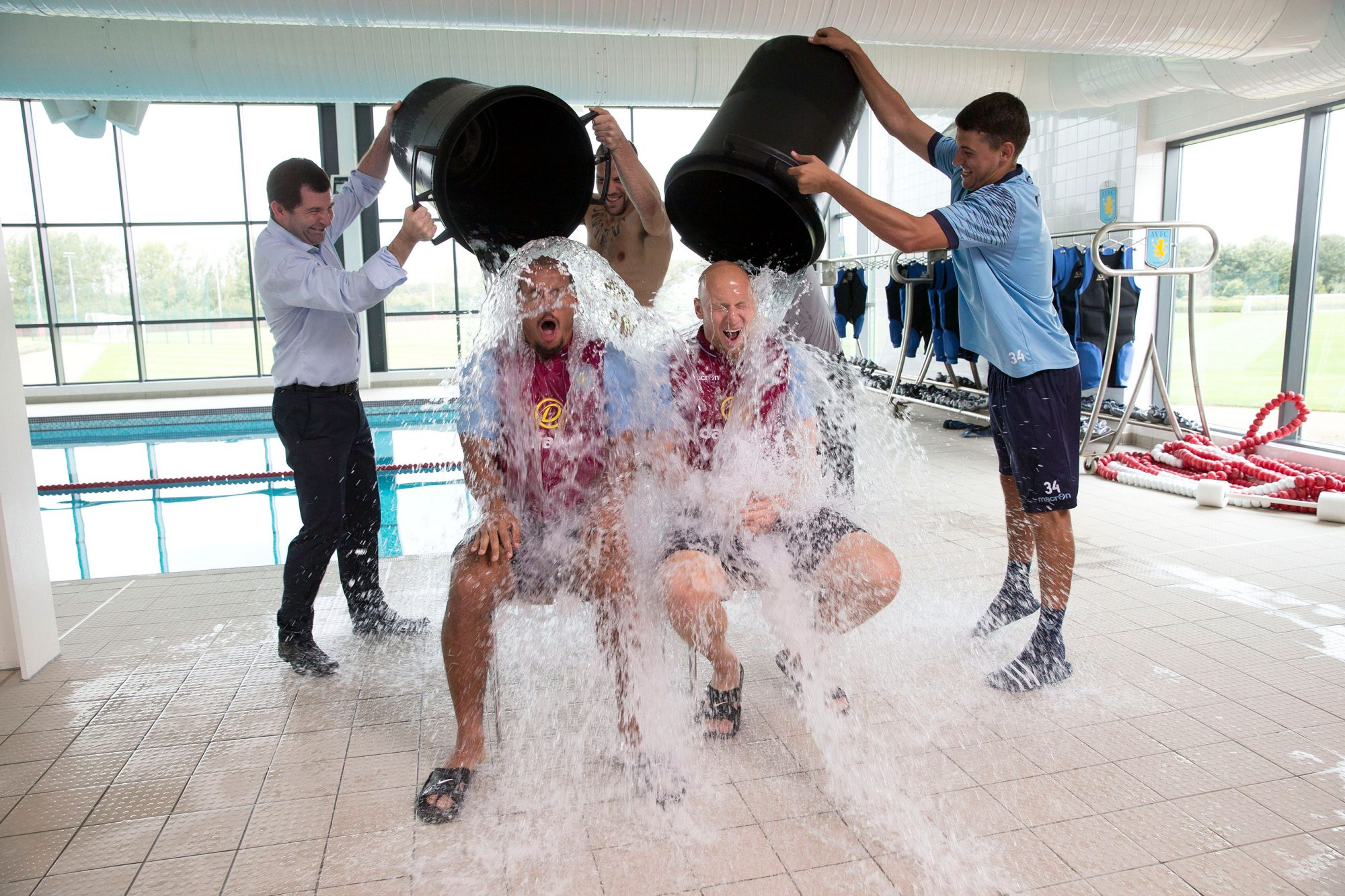 Gabriel Agbonlahor and Brad Guzan Take Part in the Ice Bucket Challenge