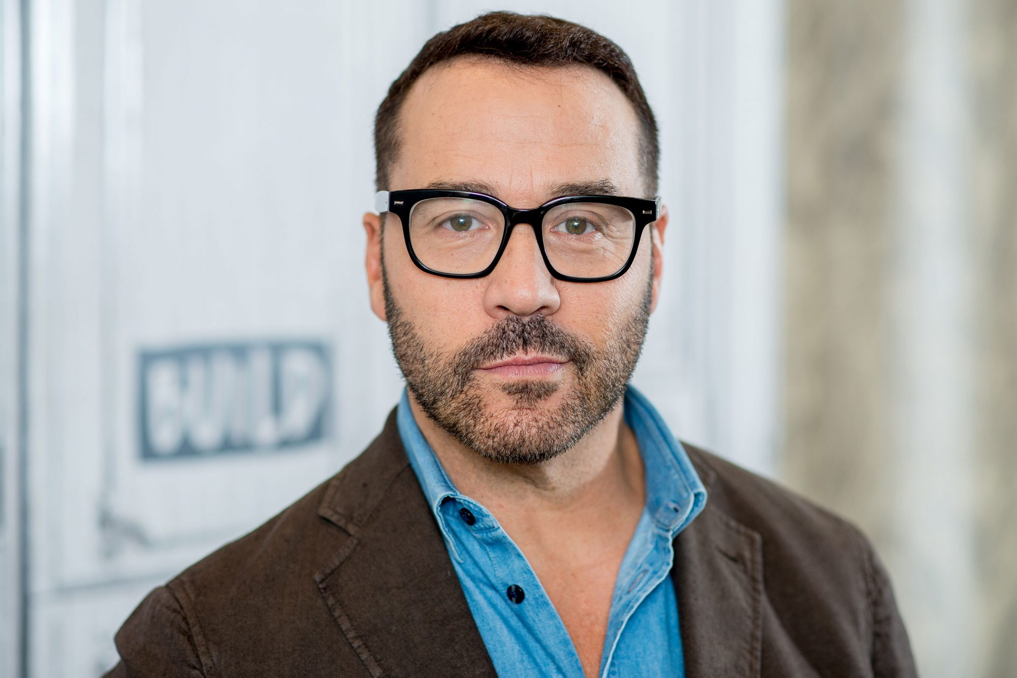 "Build Presents Jeremy Piven Discussing ""Wisdom Of The Crowd"""