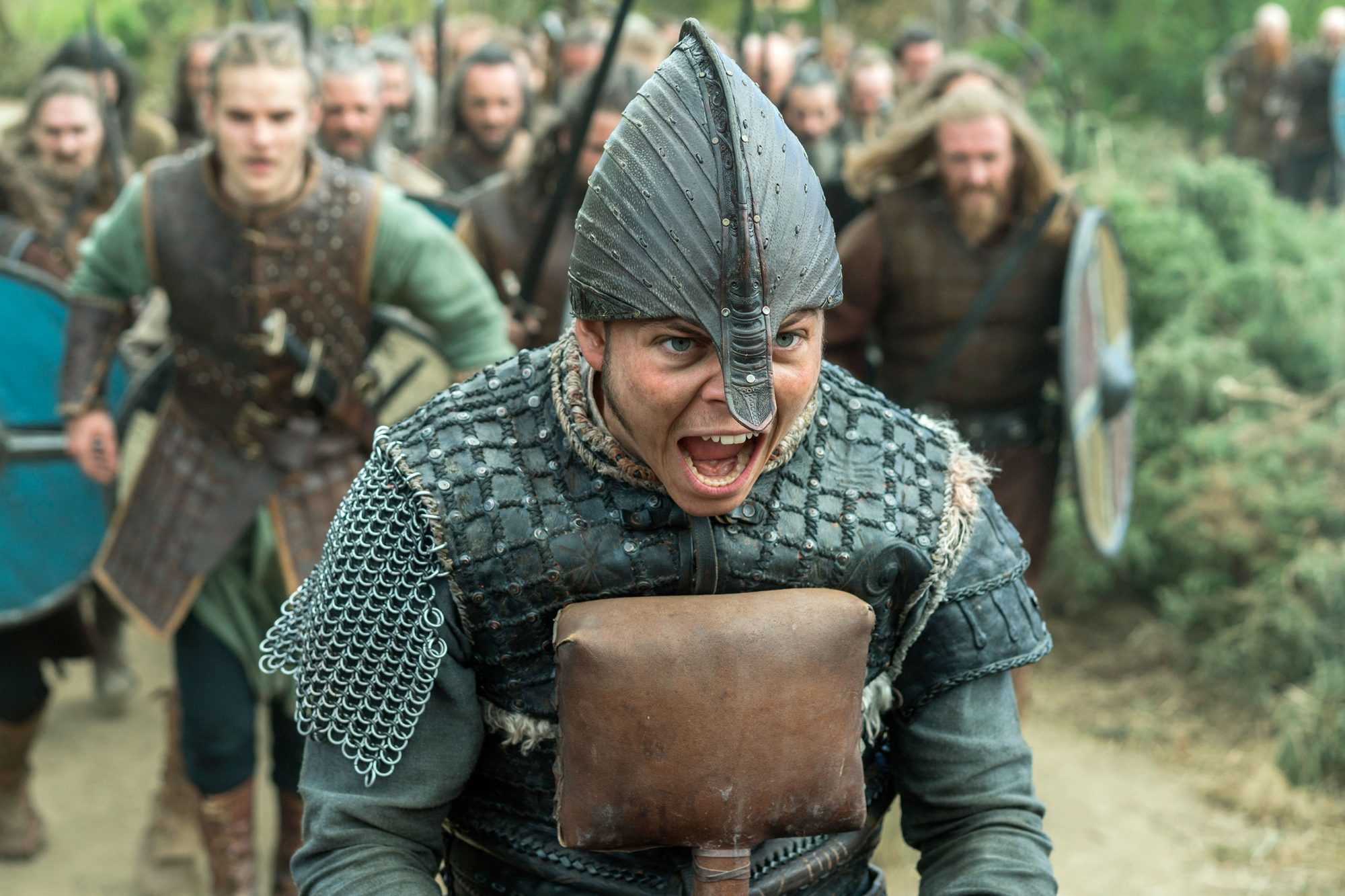 ivar_the_boneless_alex_hogh_andersen_from_vikings_3