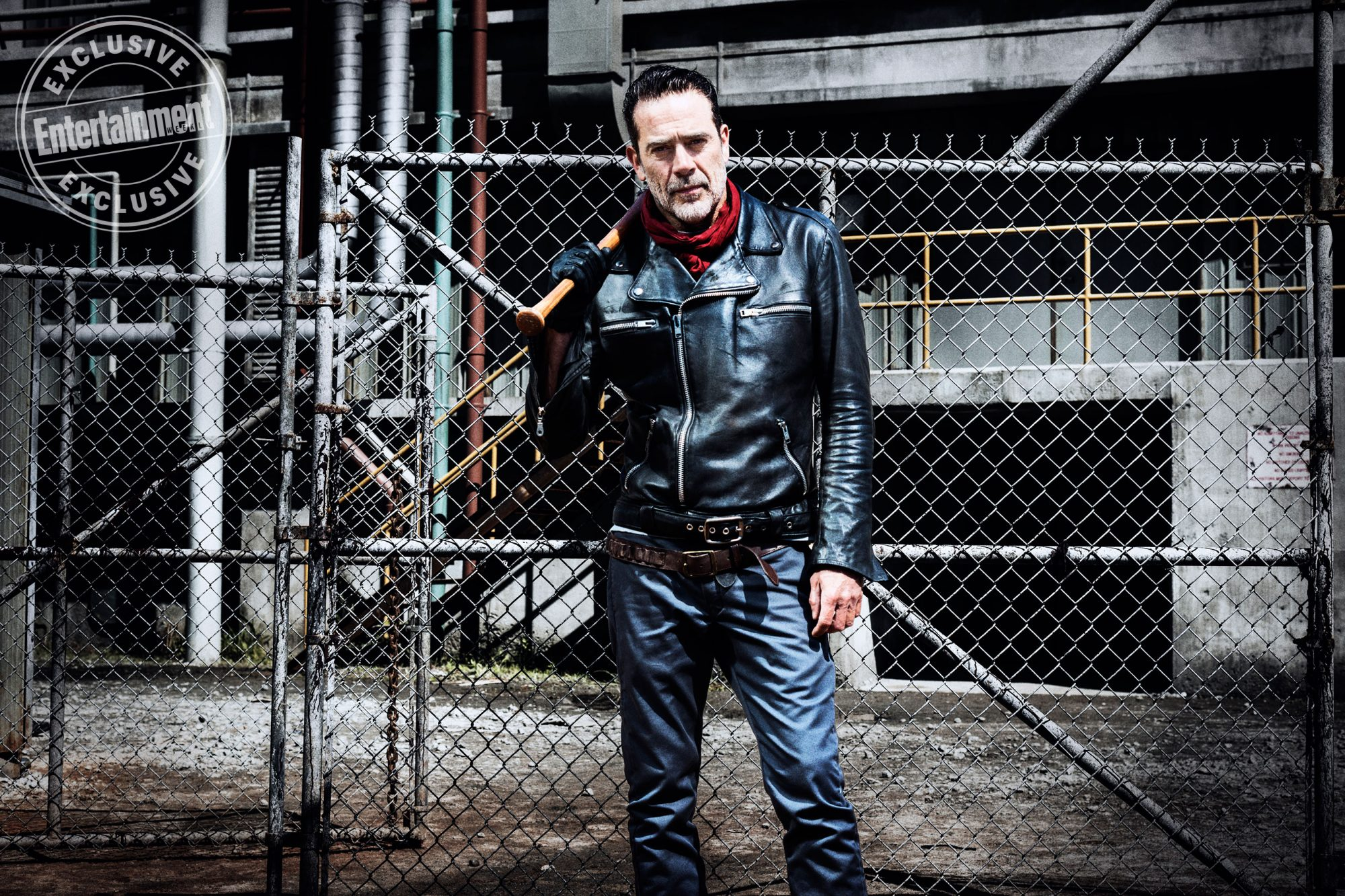 Jeffrey-Dean-Morgan-as-Negan --The-Walking-Dead-_-Season-8,-Gallery---Photo-Credit-Alan-Clarke,-AMC_3