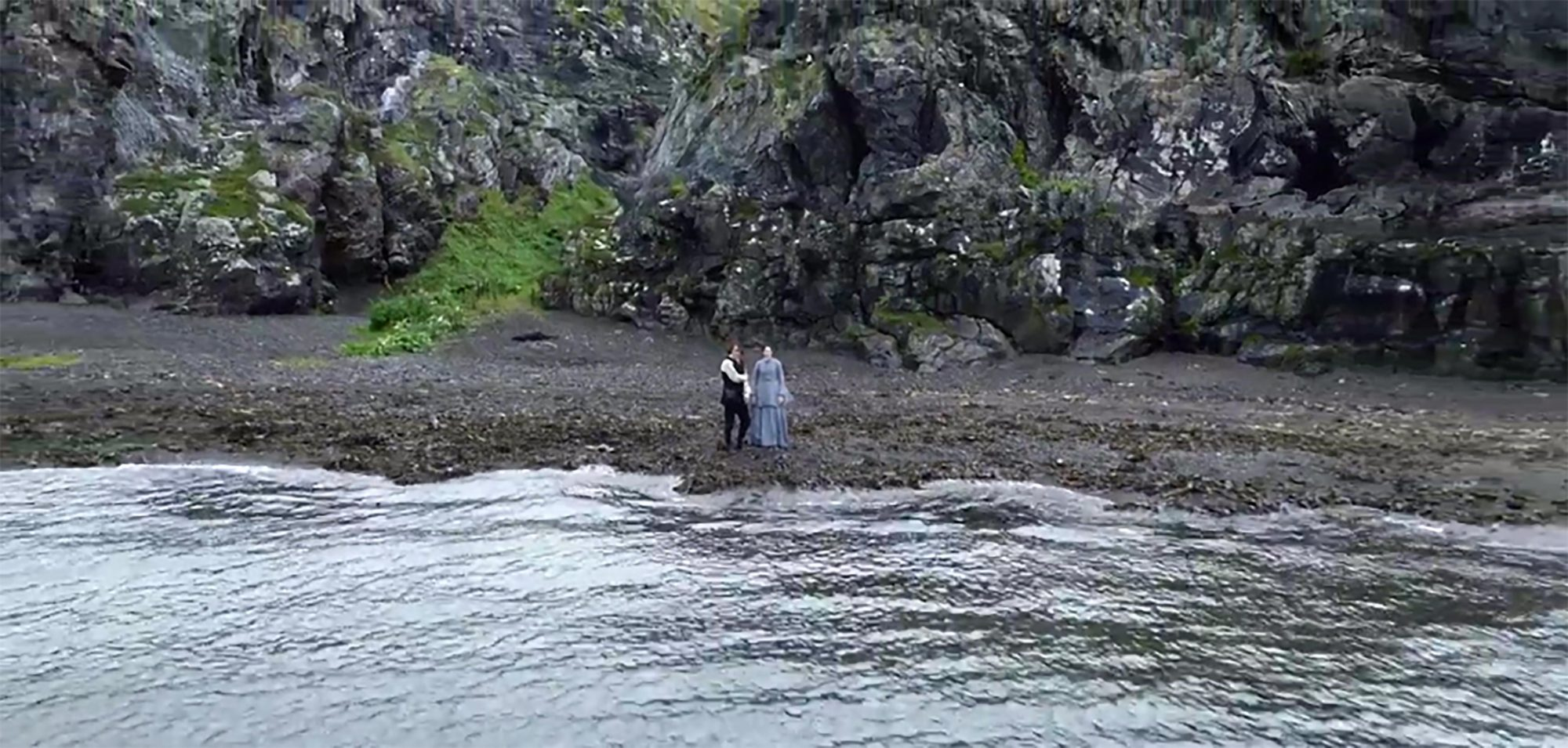 Outlander (screen grab) CR: Starz