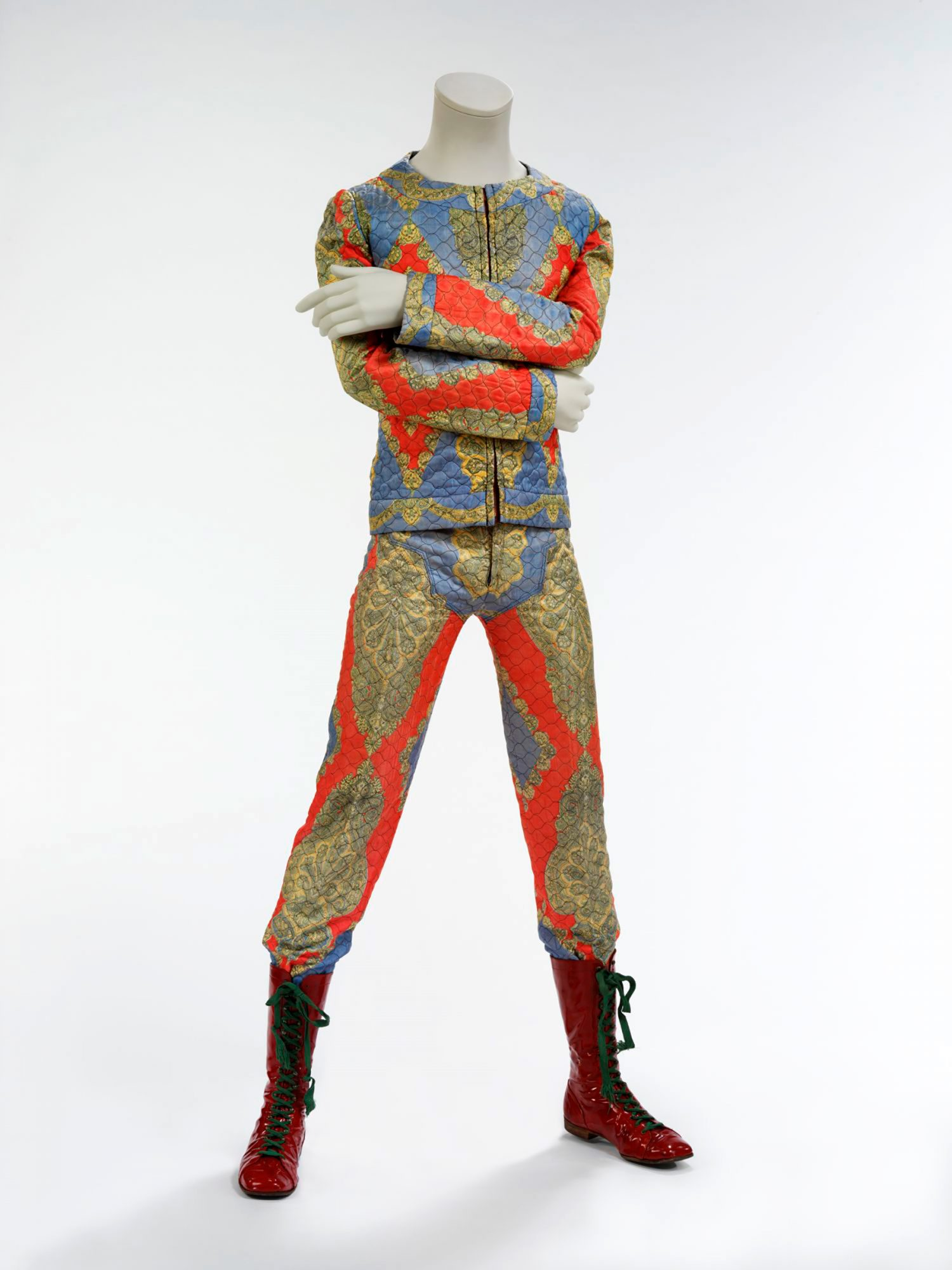 Quilted-two-piece-suit,-1972