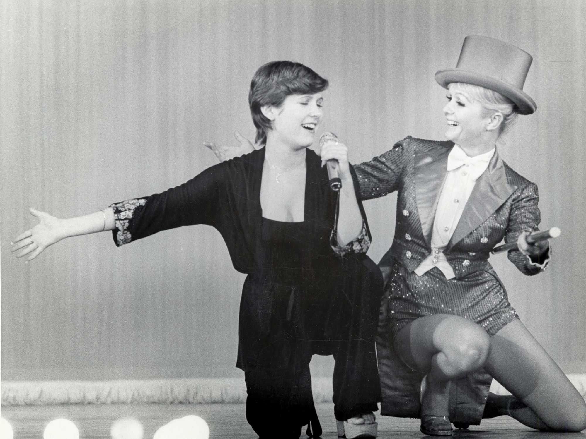 Carrie Fisher, Debbie Reynolds.photo: Fisher Family Archives/courtesy of HBO