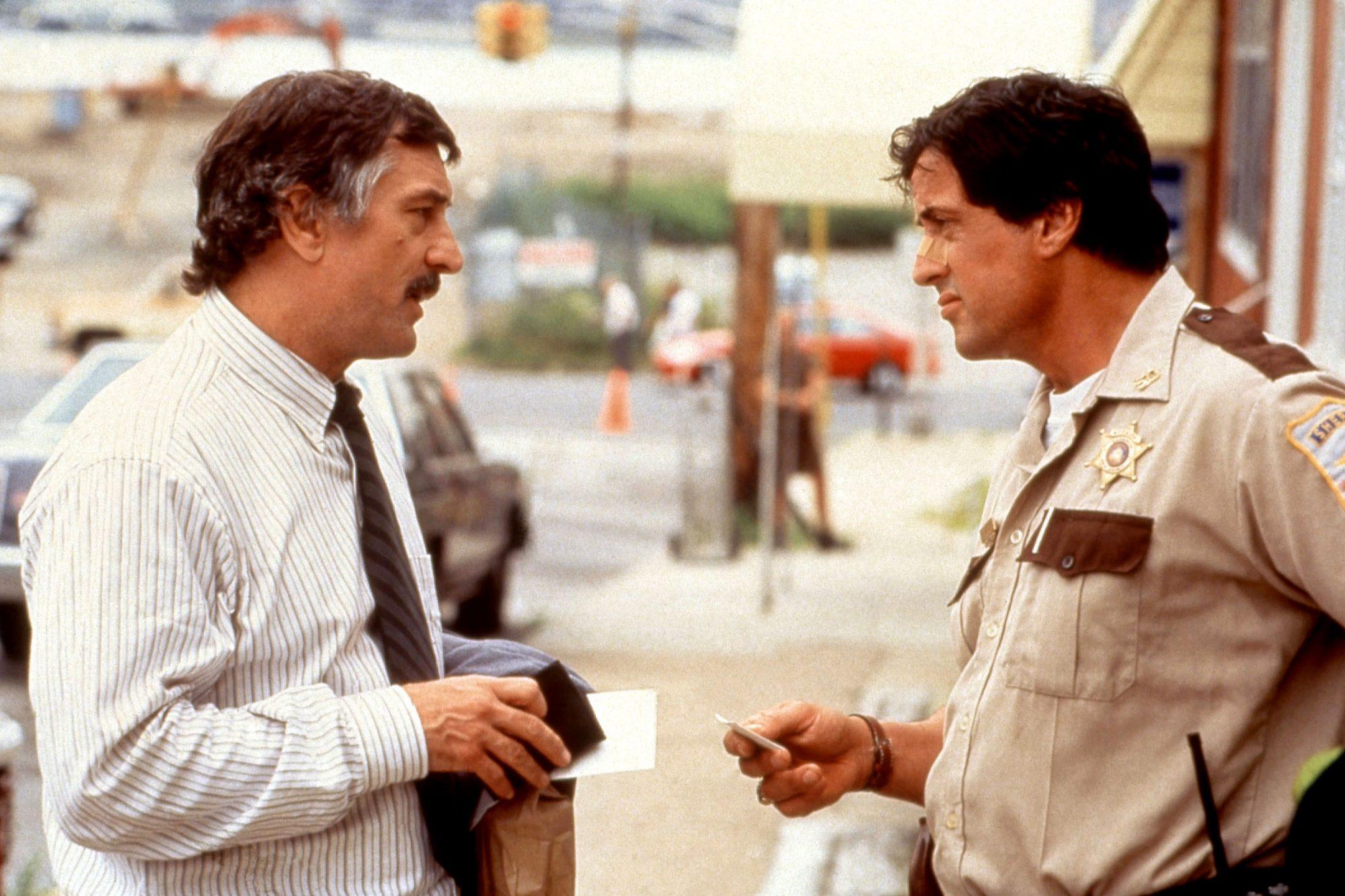 COP LAND, Robert DeNiro, Sylvester Stallone, 1997, (c)Miramax/courtesy Everett Collection