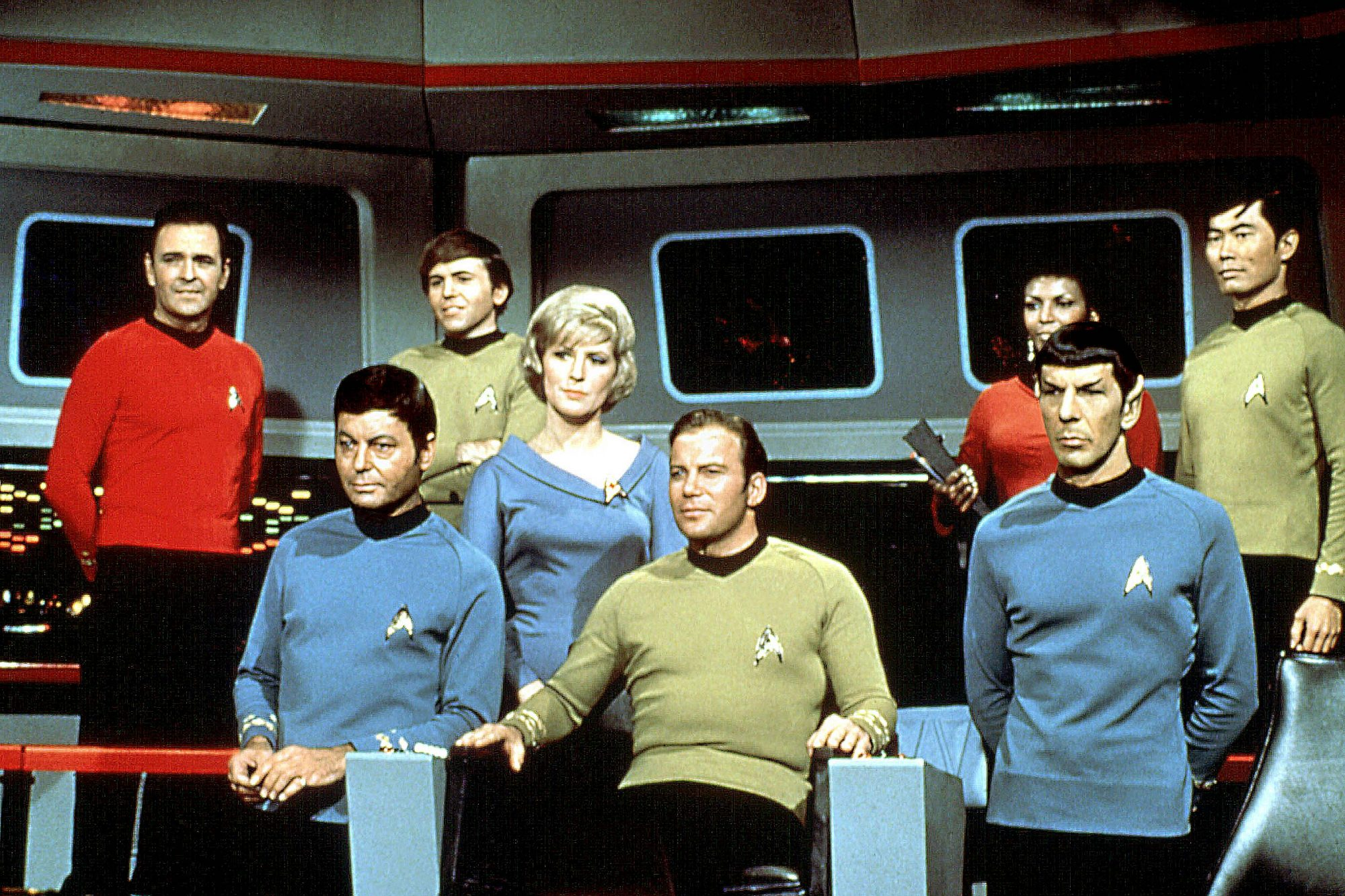 STAR TREK, James Doohan, DeForest Kelley, Walter Koenig, Majel Barrett, William Shatner, Nichelle Ni