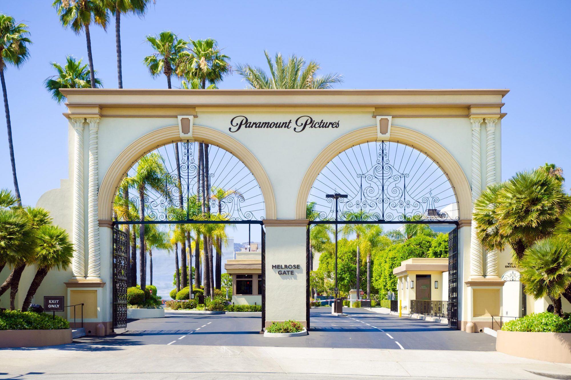 Melrose Gate entrance to Paramount Pictures in Los Angeles, CA