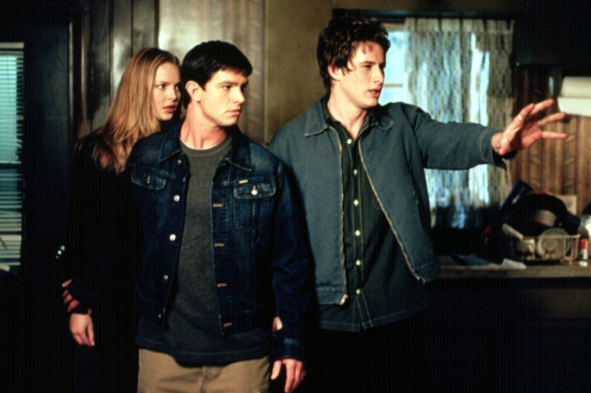 ROSWELL, Katherine Heigl, Jason Behr, Brendan Fehr, 1999-2002, Independence Day episode, first seaso
