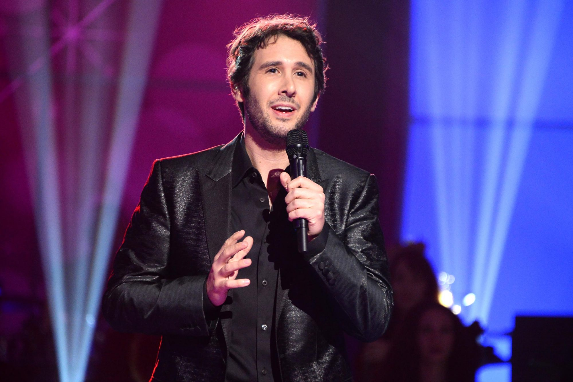 A Home for the Holidays with Josh Groban