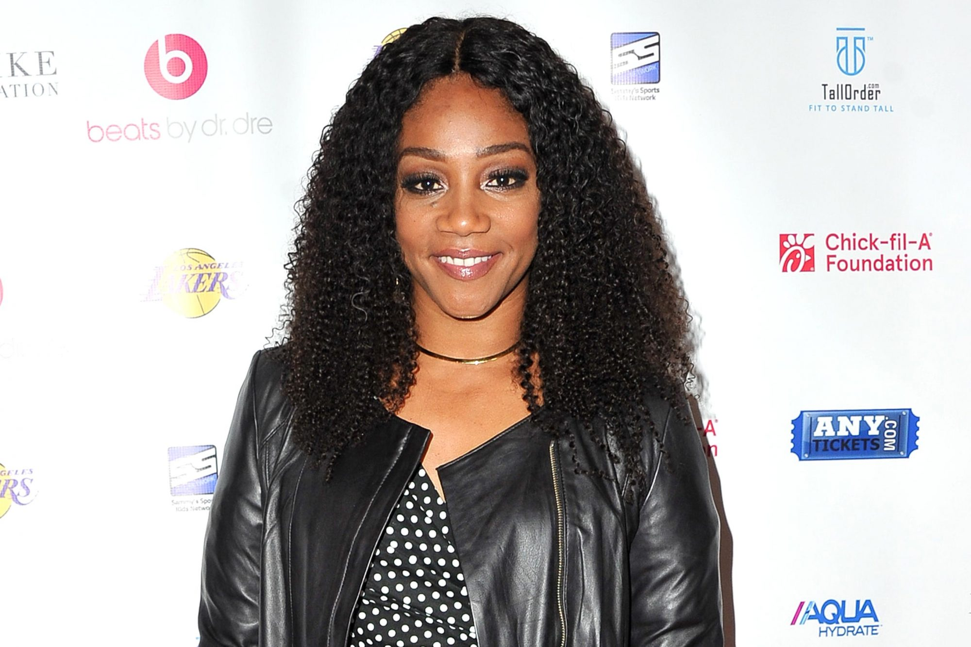 918878748 LOS ANGELES, CA - FEBRUARY 15: Actress Tiffany Haddish attends the NBA All-Star Bowling Classic at Lucky Strike LA Live on February 15, 2018 in Los Angeles, California. (Photo by Allen Berezovsky/Getty Images)