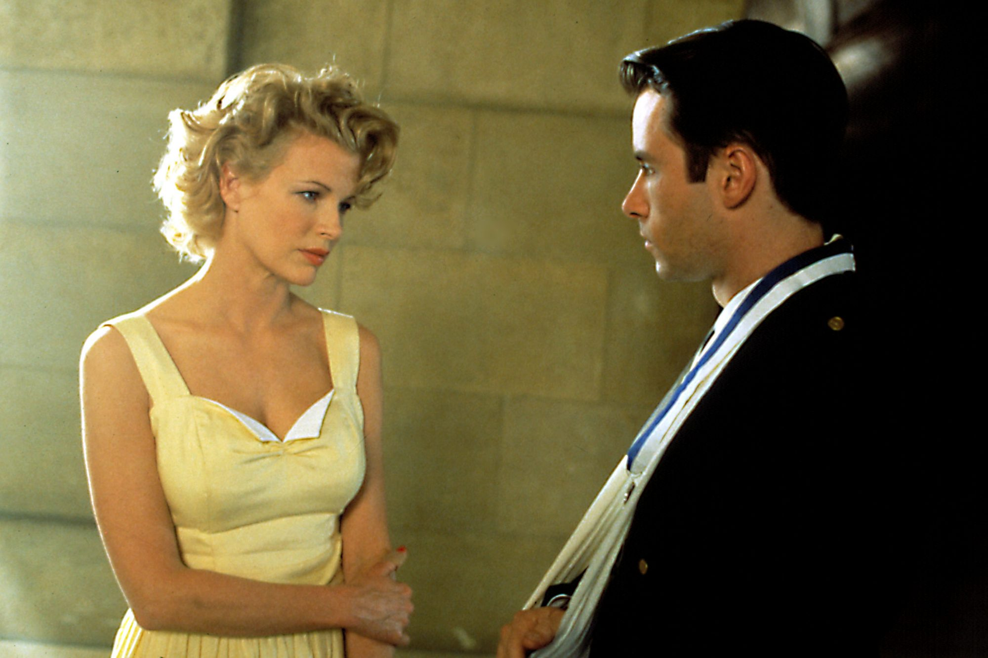 L.A. CONFIDENTIAL, Kim Basinger, Guy Pearce, 1997""