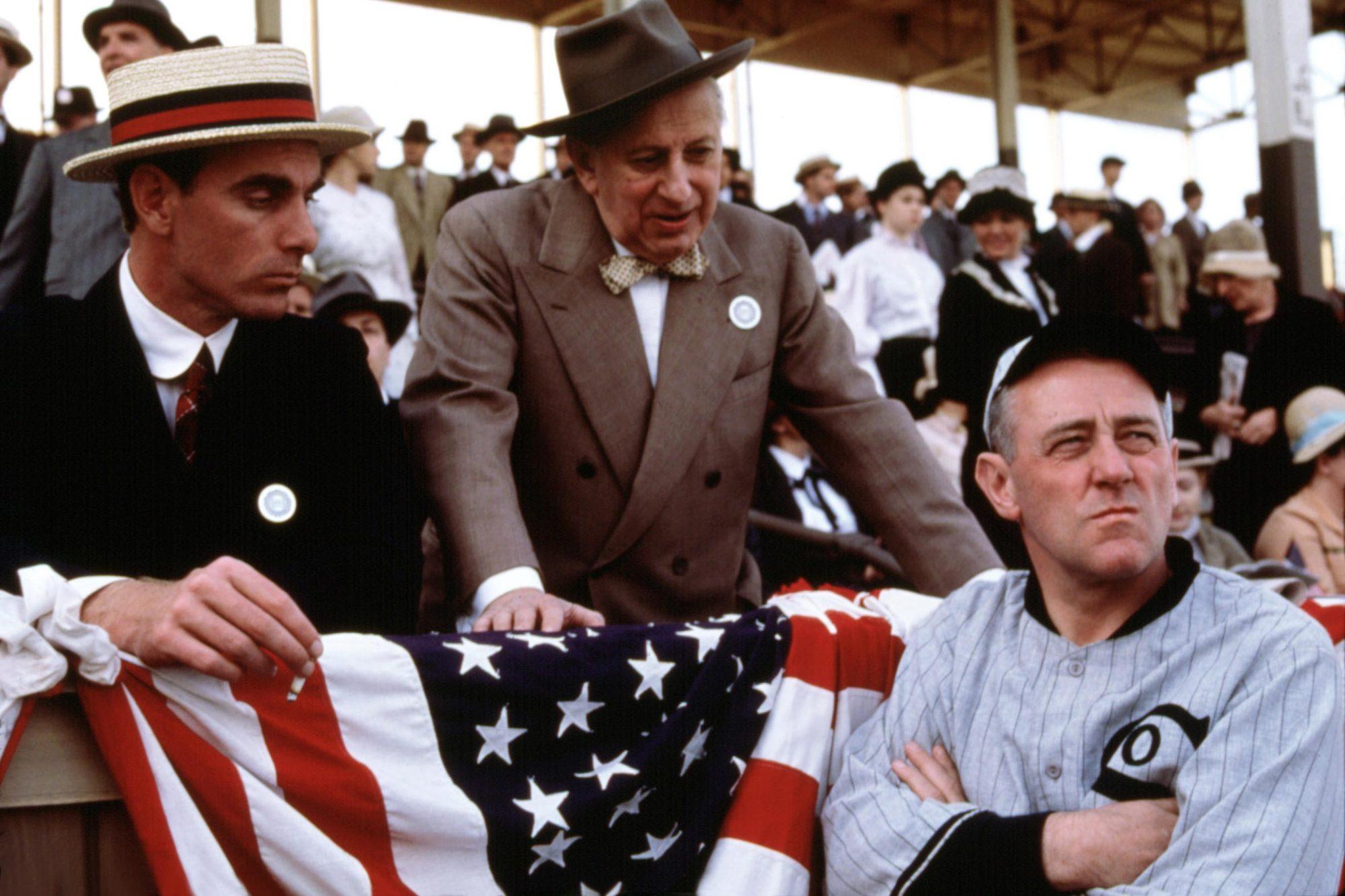EIGHT MEN OUT, John Sayles, Studs Terkel, John Mahoney, 1988