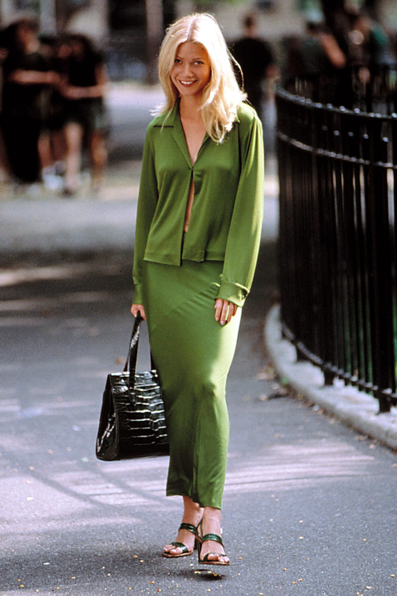 GREAT EXPECTATIONS, Gwyneth Paltrow (wearing Donna Karan), 1998, TM and Copyright (c) 20th Century F