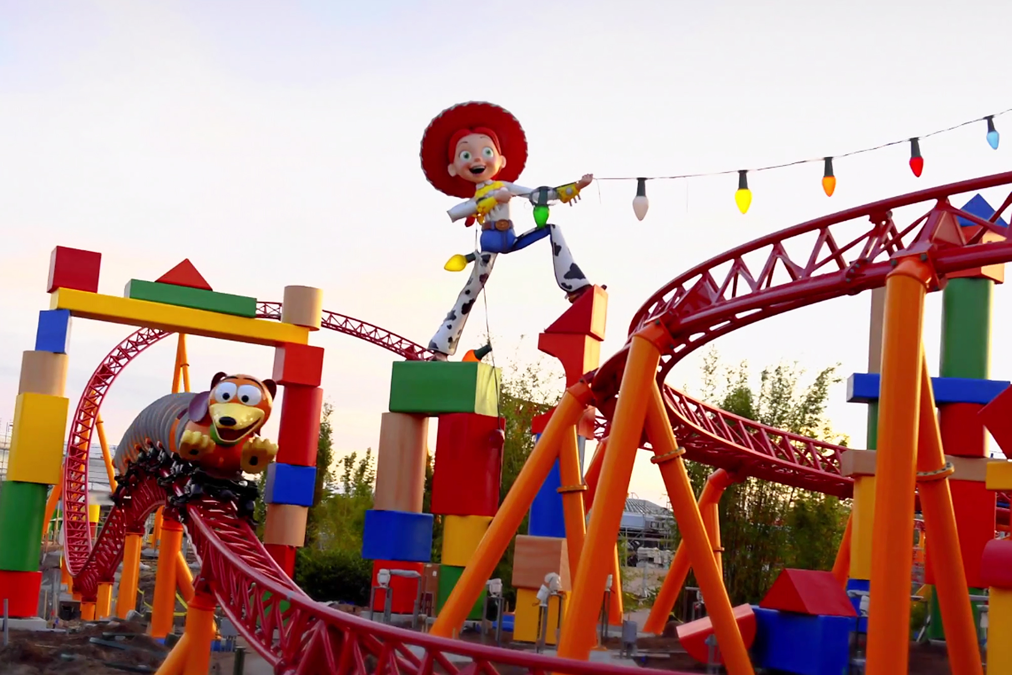 toy-story-land-1-2000