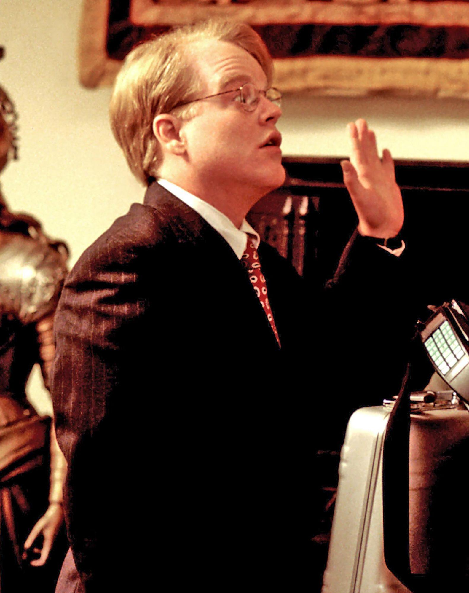 THE BIG LEBOWSKI, Philip Seymour Hoffman, Jeff Bridges, 1998, (c) Gramercy Pictures/courtesy Everett