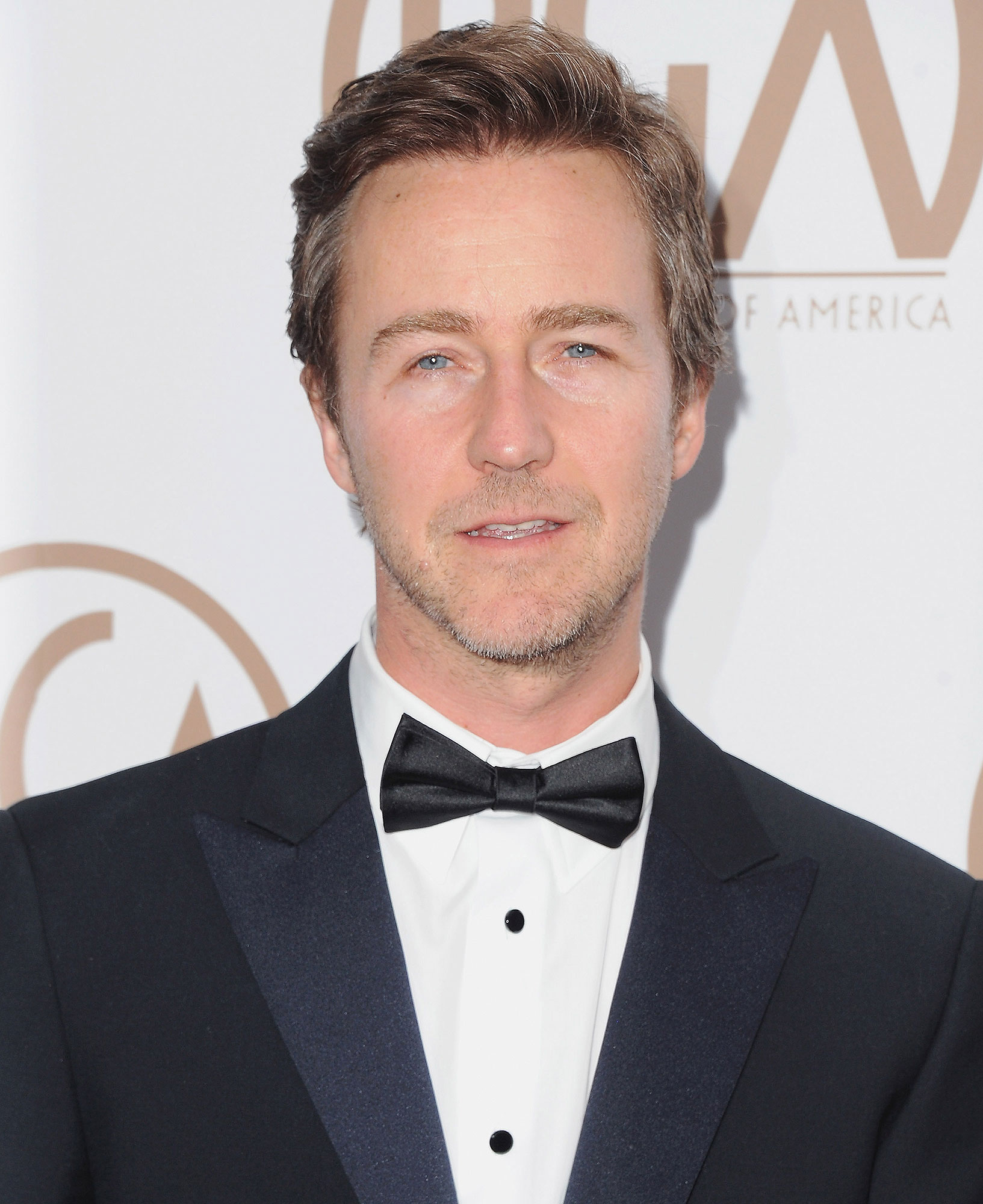edward-norton-fire-1