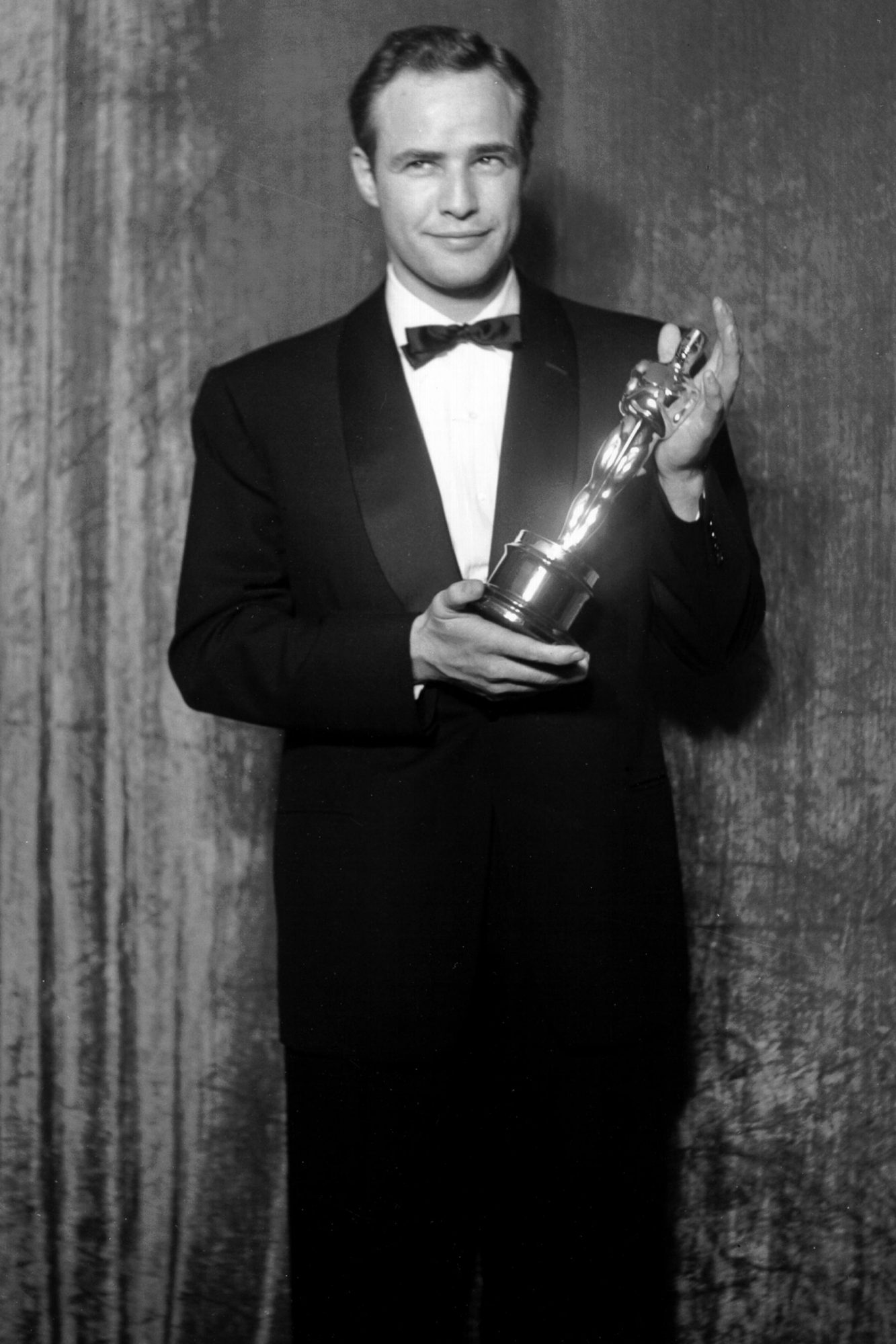 Best Actor Winner With His Oscar