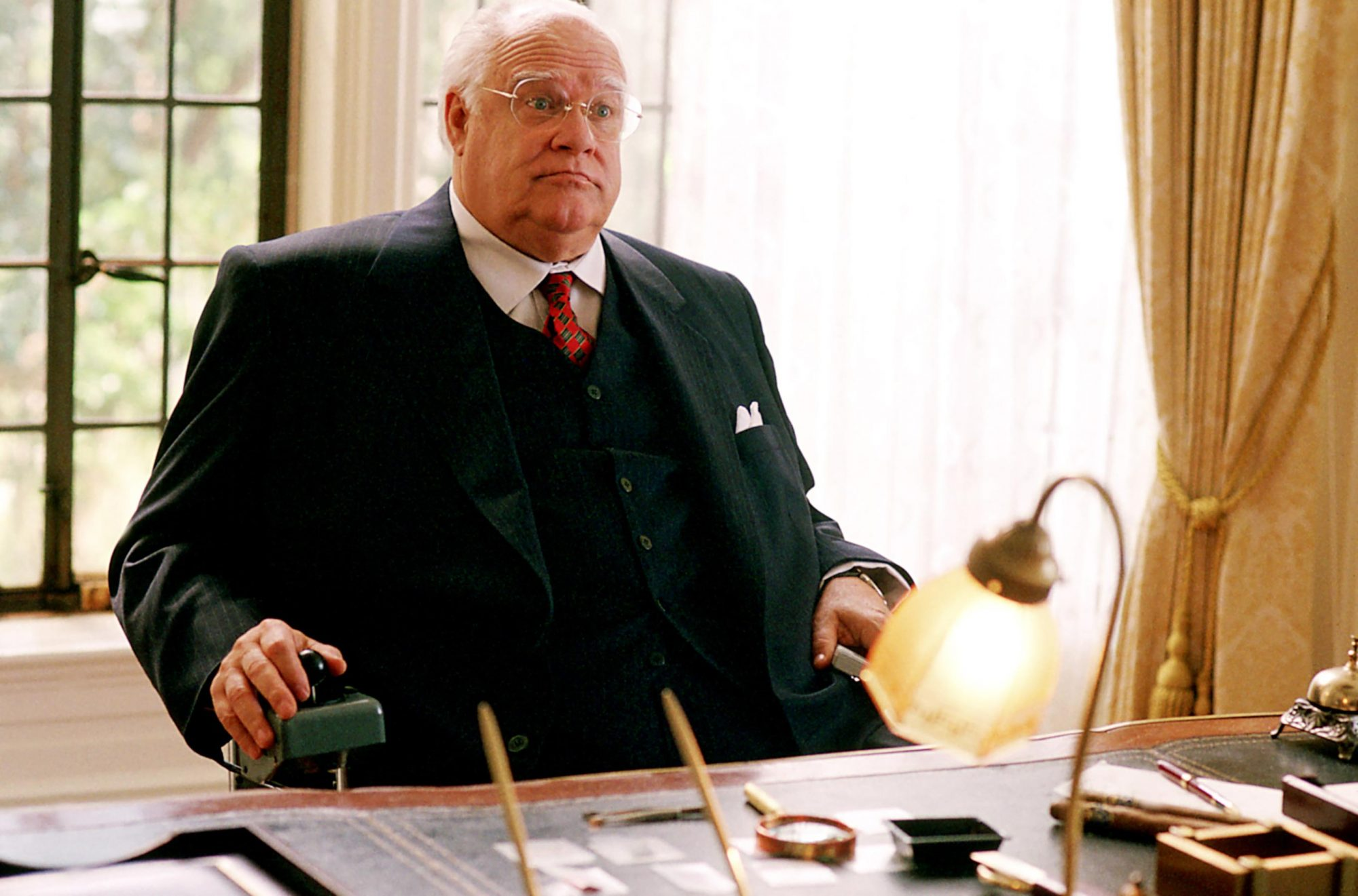 THE BIG LEBOWSKI, David Huddleston, 1998, (c) Gramercy Pictures/courtesy Everett Collection