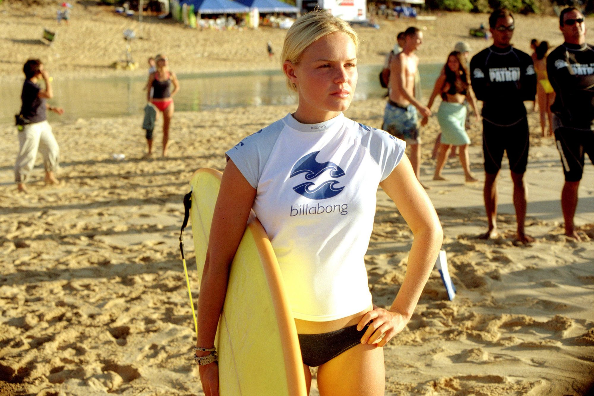 BLUE CRUSH, Kate Bosworth, 2002 (c) Universal, Courtesy Everett Collection