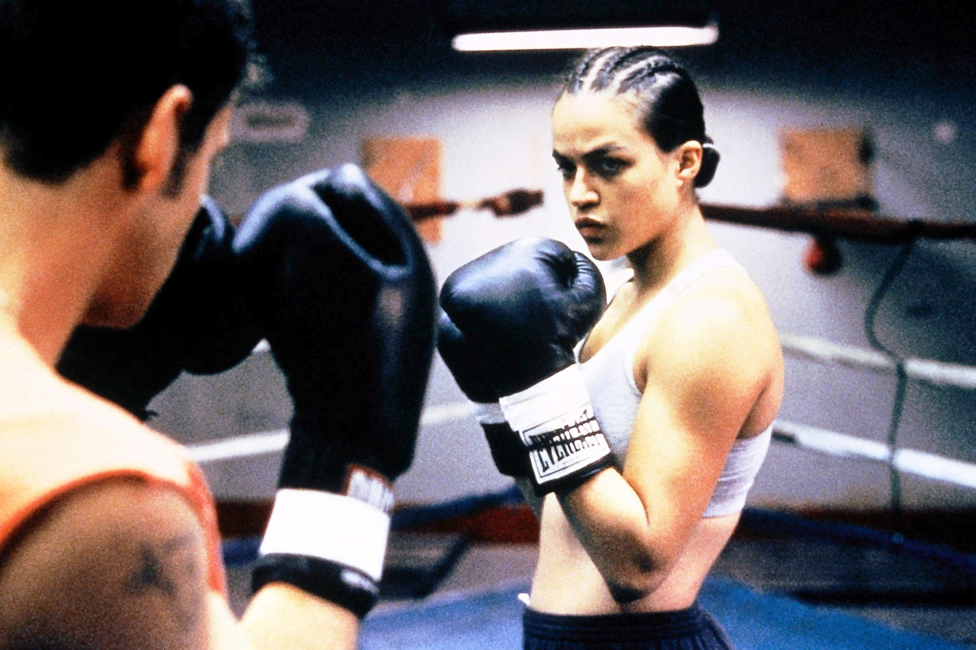 GIRLFIGHT, Michelle Rodriguez, 2000. (c) Screen Gems/ Courtesy: Everett Collection.