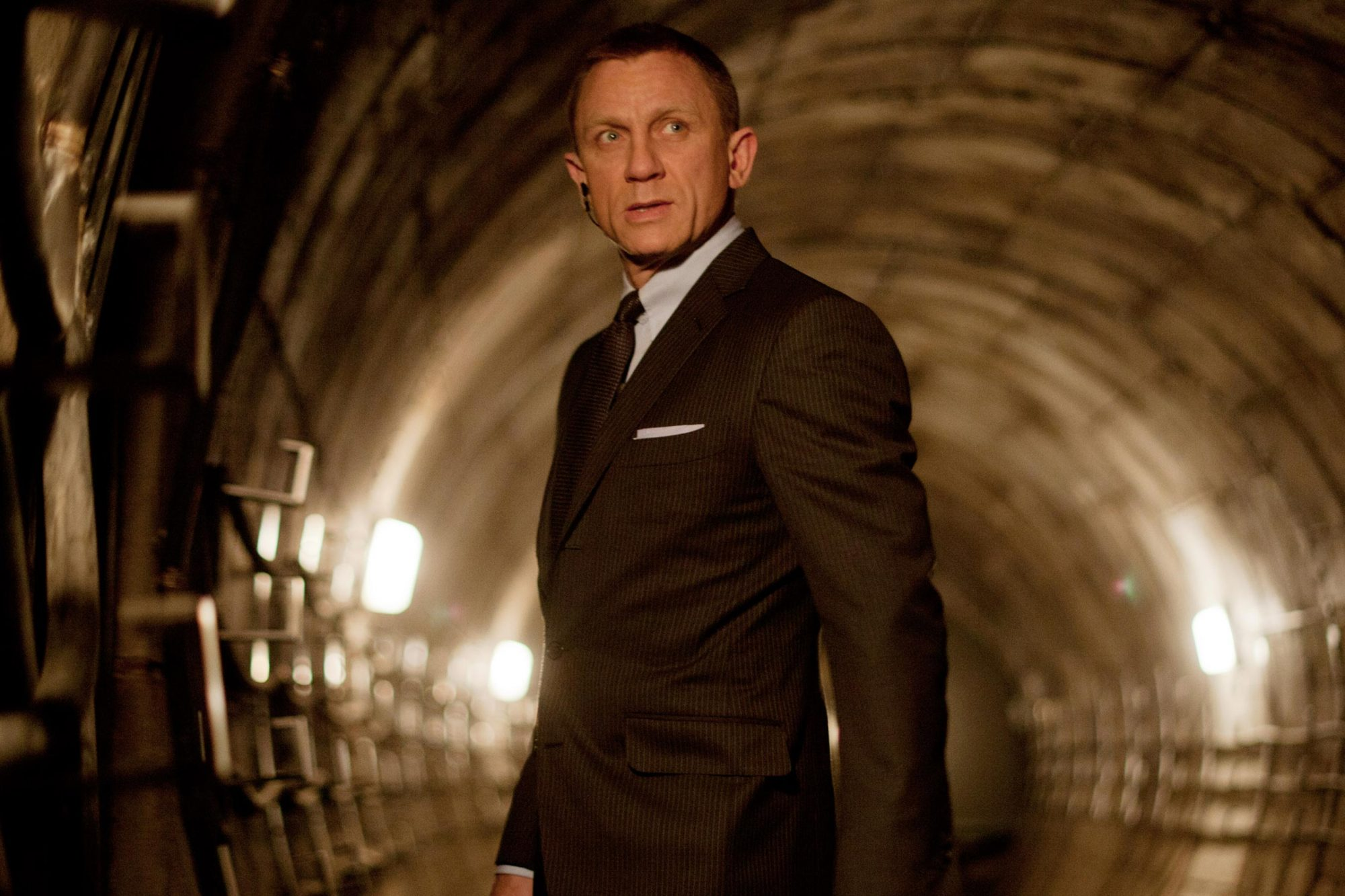 SKYFALL, Daniel Craig as James Bond, 2012. ph: Francois Duhamel/©Columbia Pictures/courtesy Everett