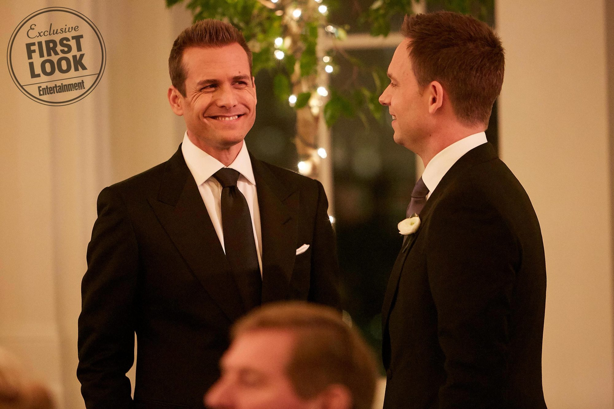 Harvey (Gabriel Macht) and Mike