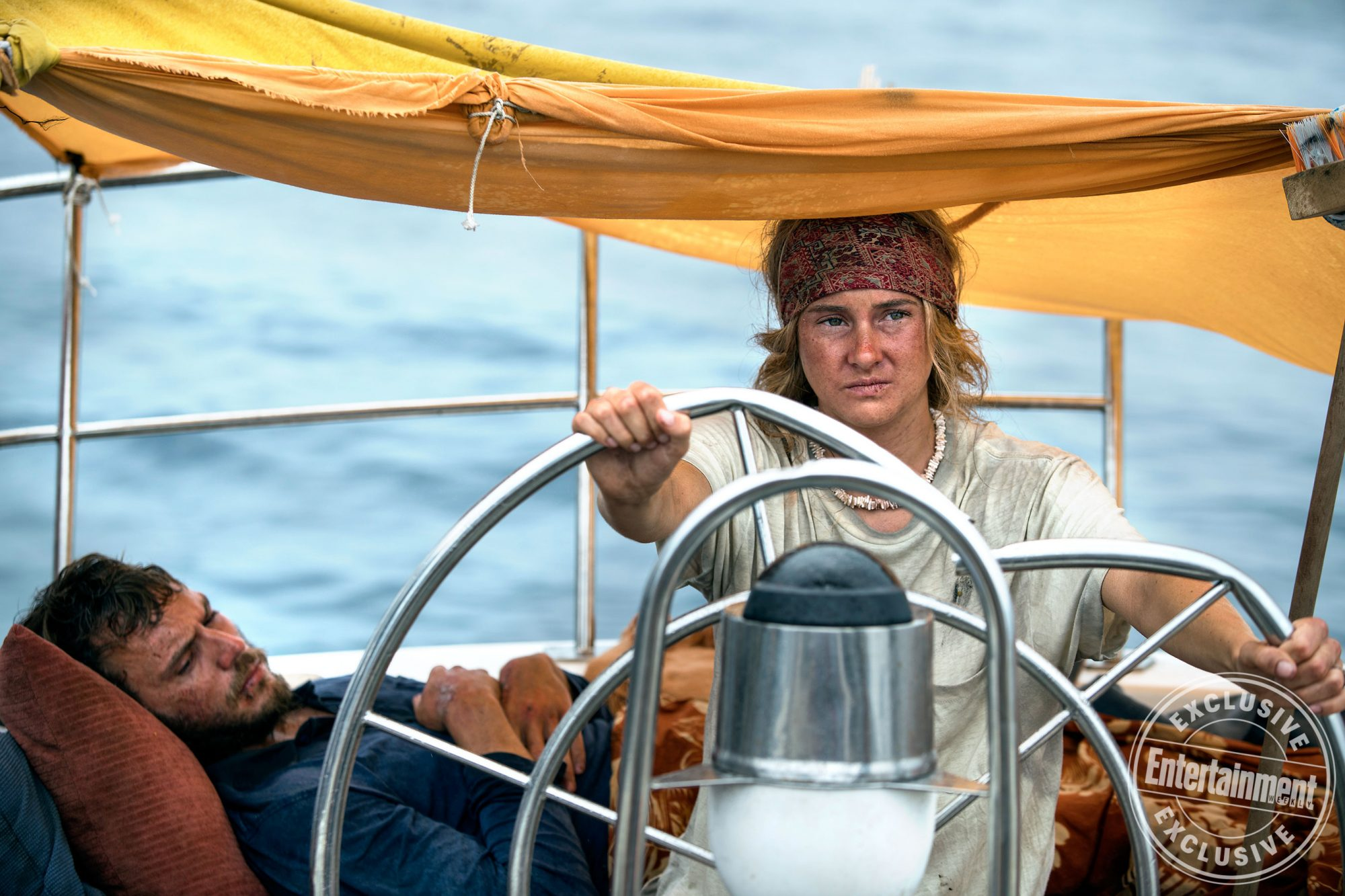 AdriftSam Claflin and Shailene Woodley star in Adrift