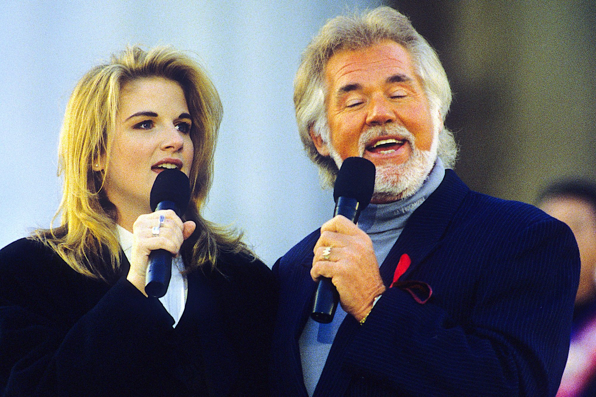 Keny Rogers performs at Clinton Inaugural Gala
