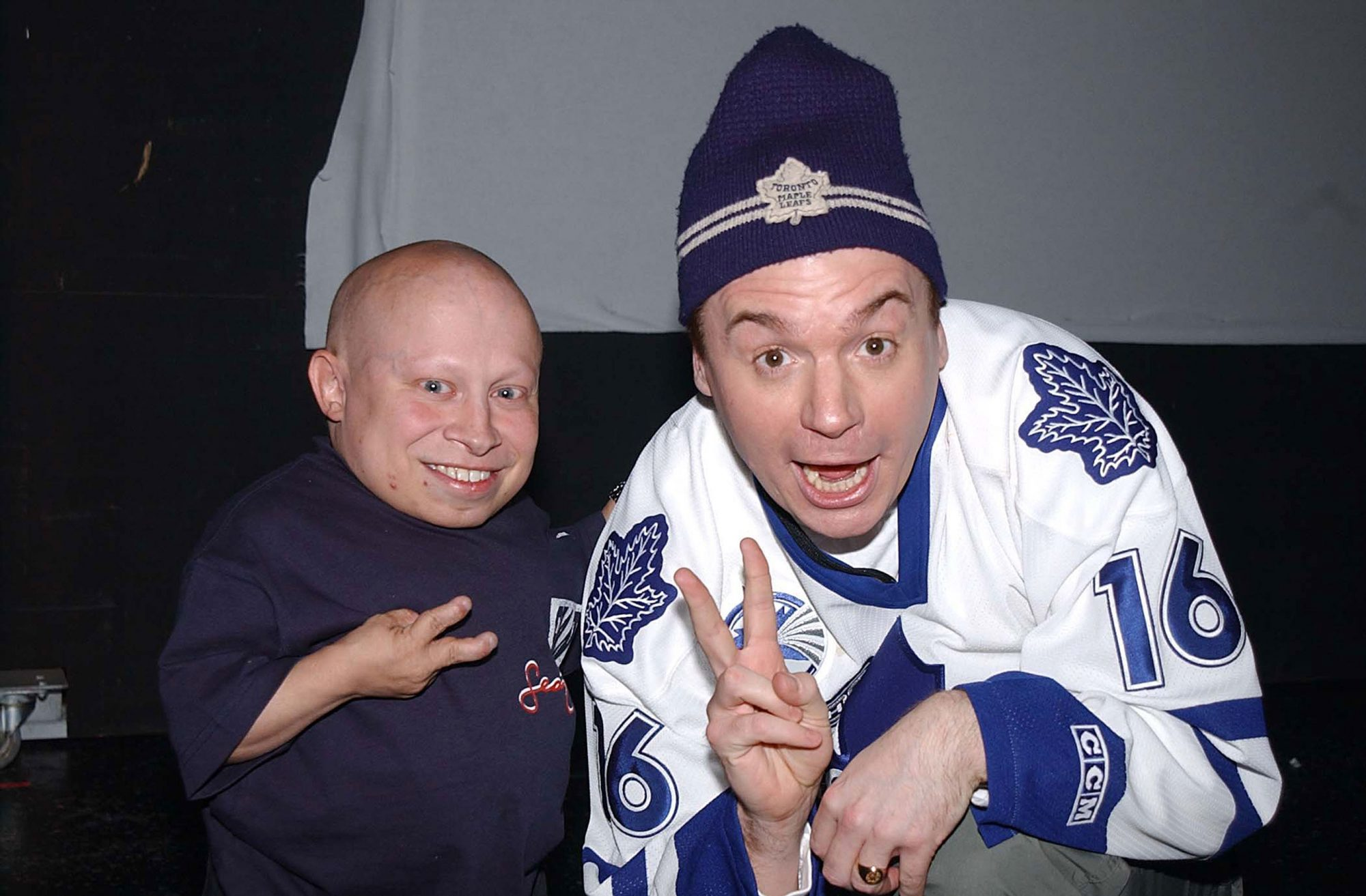 Mike-Myers-Verne-Troyer-2