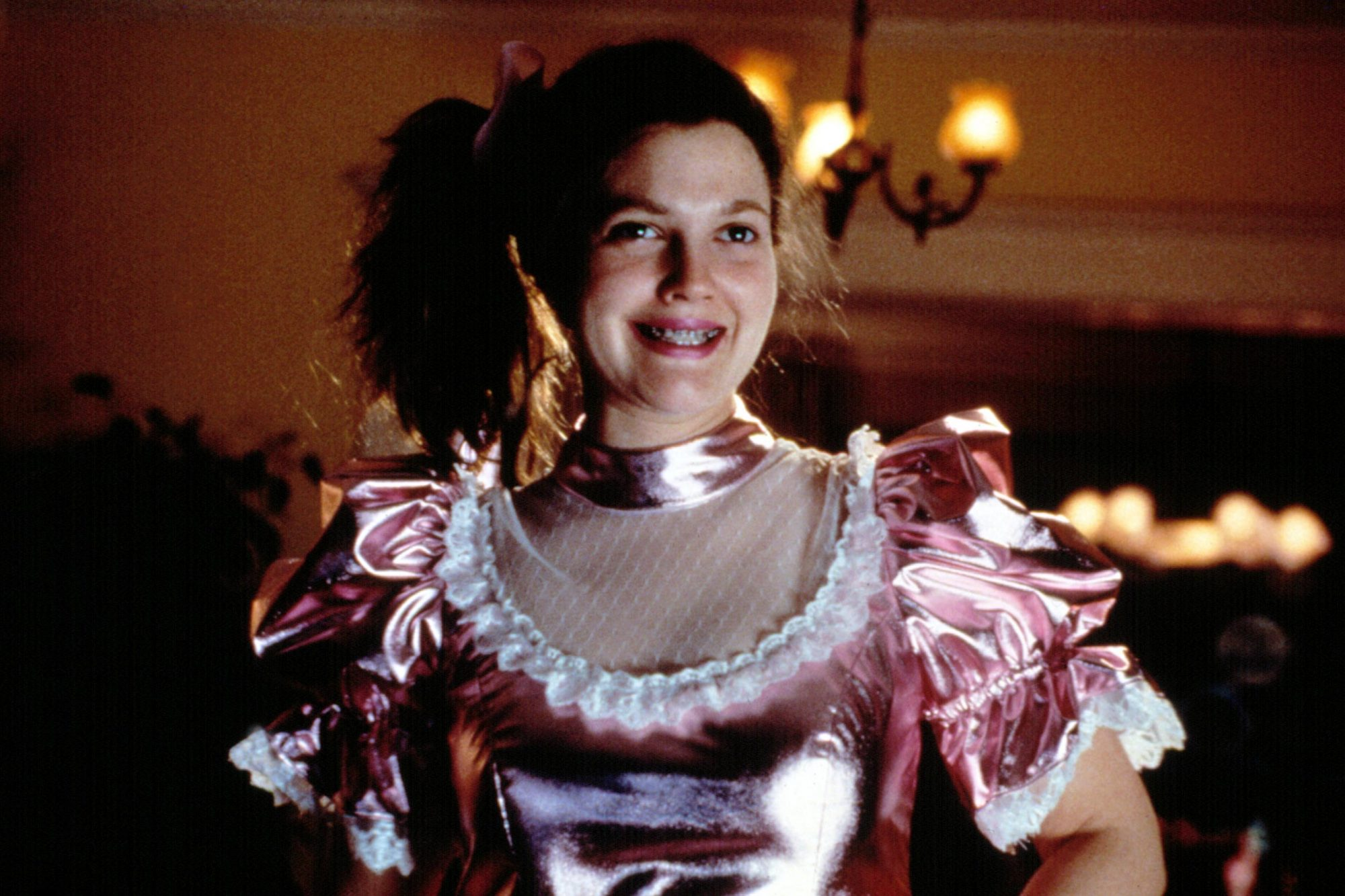 NEVER BEEN KISSED, Drew Barrymore, 1999.