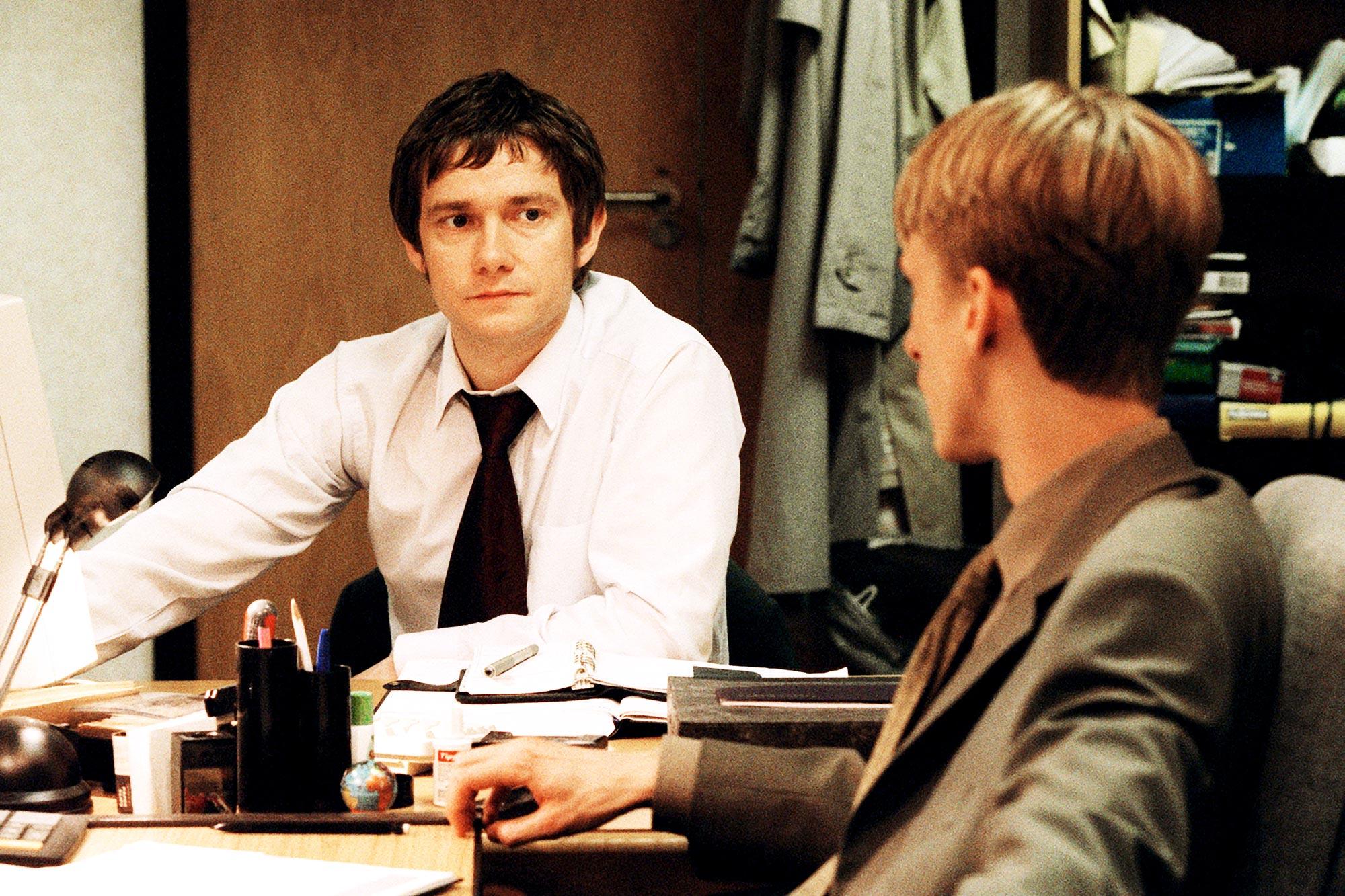 THE OFFICE, Martin Freeman, MacKenzie Crook, (Season 2), 2001-03, © BBC Ltd. / Courtesy: Everett Col