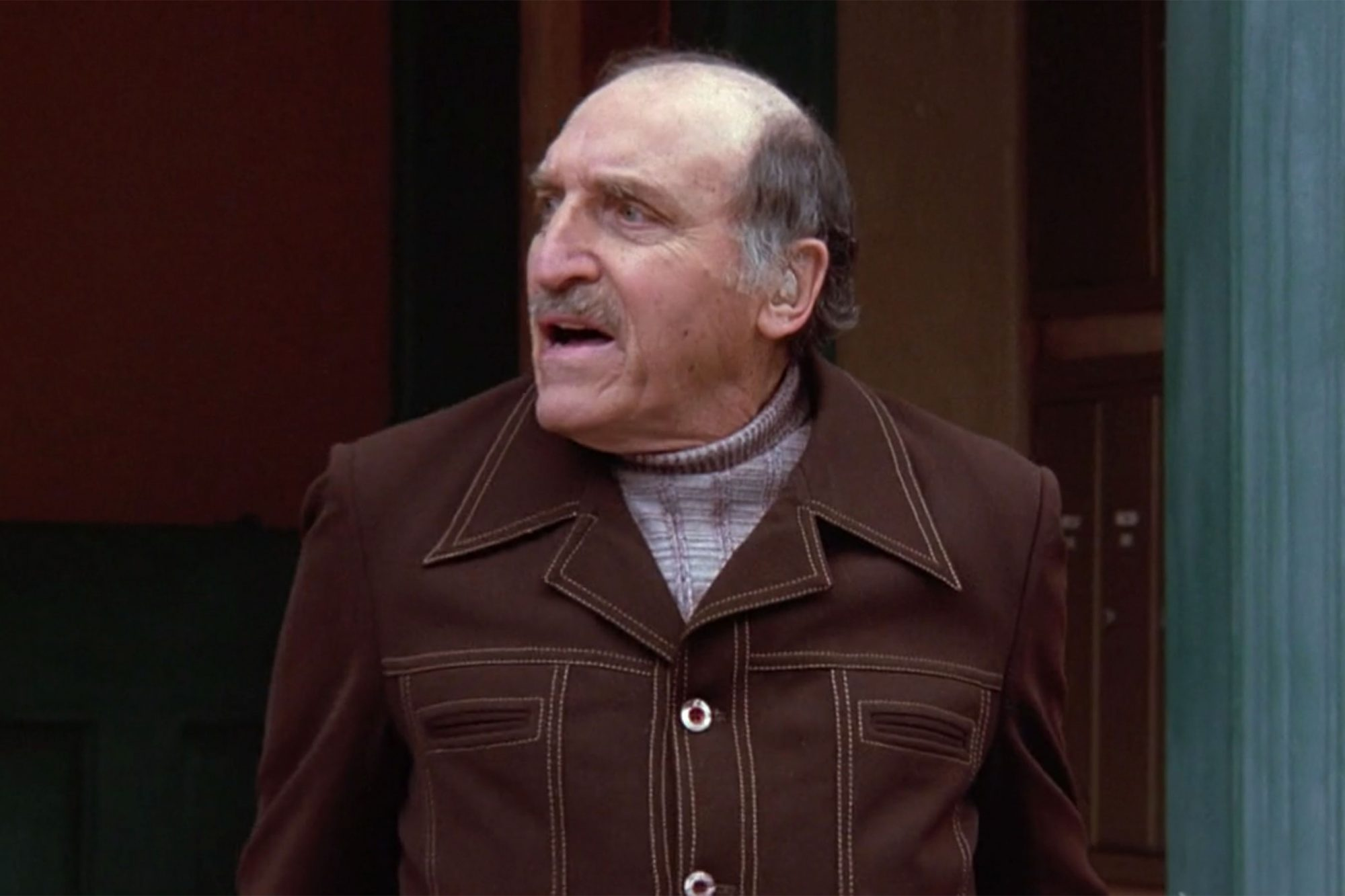 15. Len Lesser as Uncle Leo