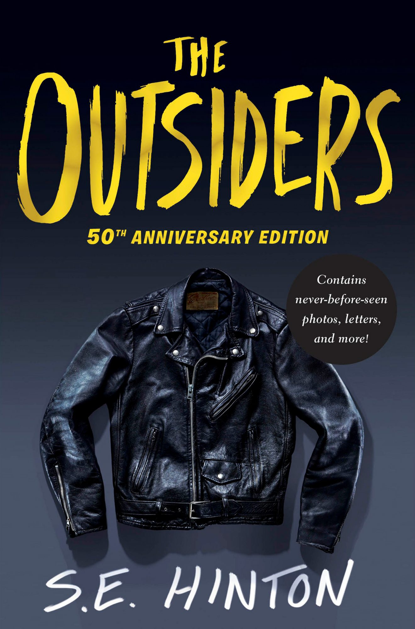 The Outsiders (Nov 01, 2016)(50th Anniversary Edition)by S.E. Hinton