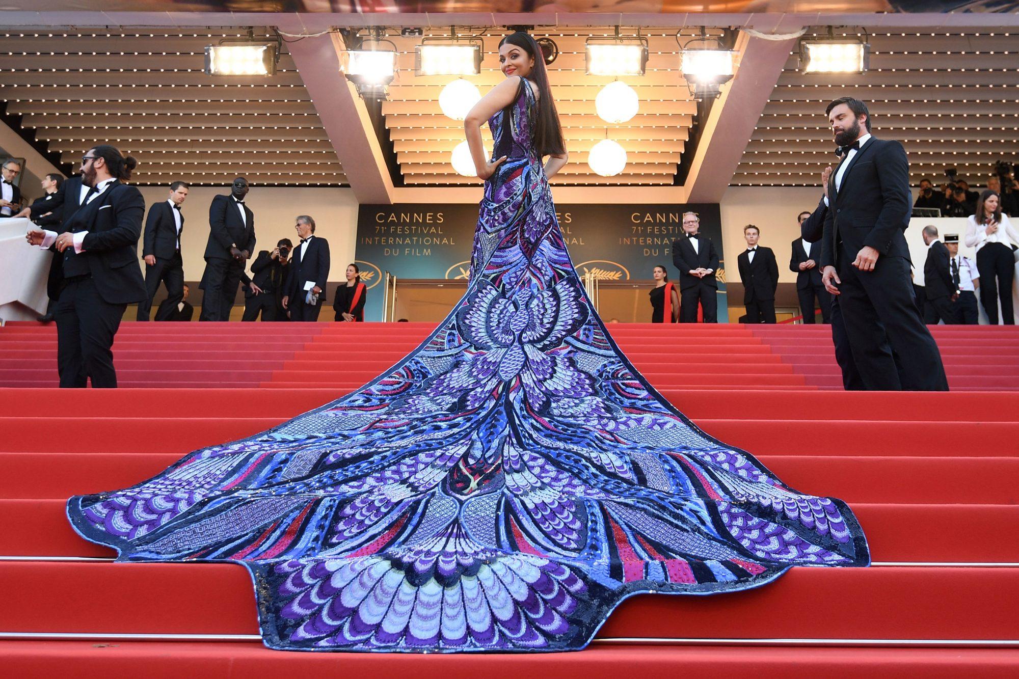 "Картинки по запросу ""aishwarya in cannes 2018"""