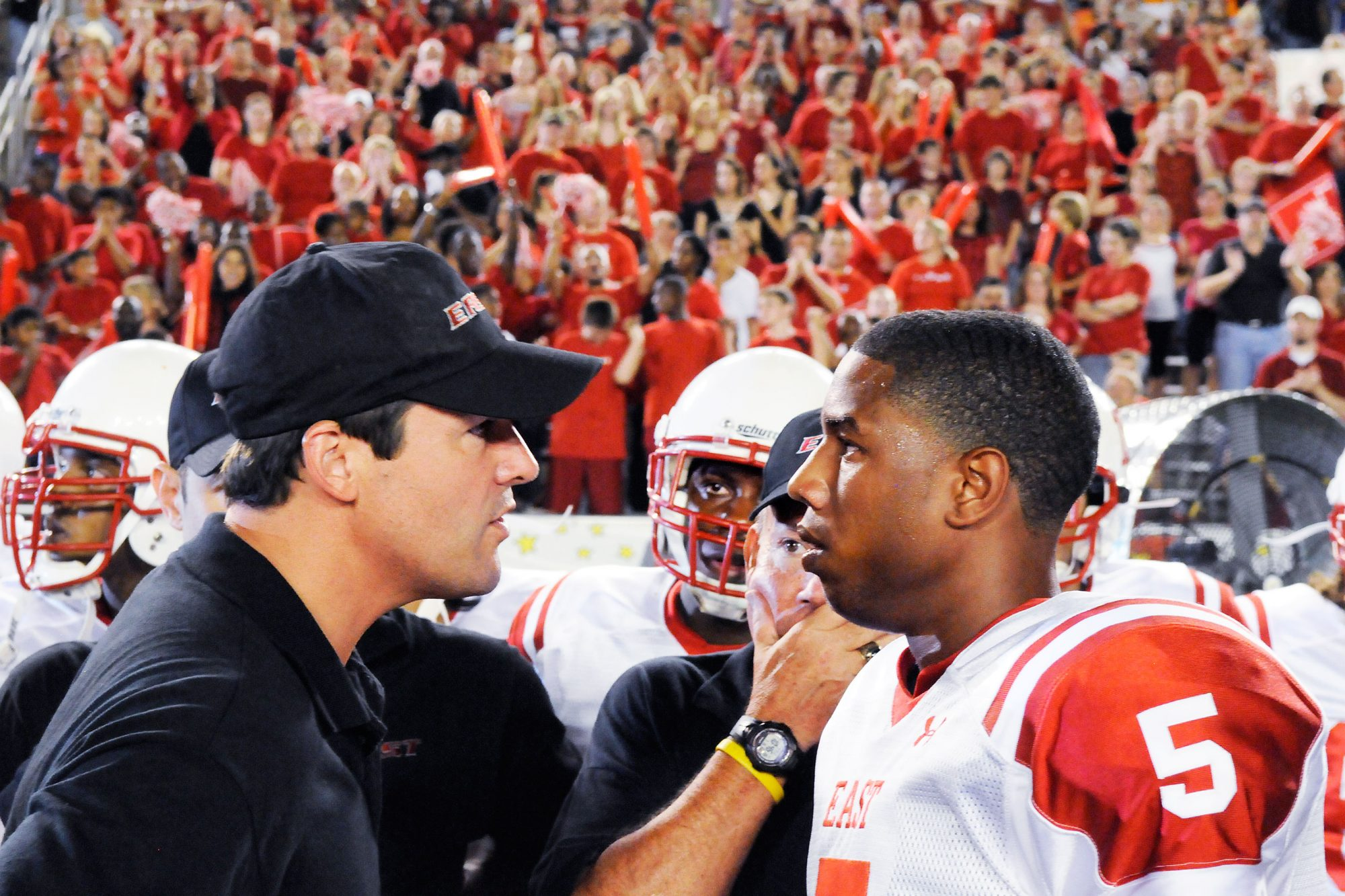 Kyle Chandler and Michael B. Jordan in Friday Night Lights