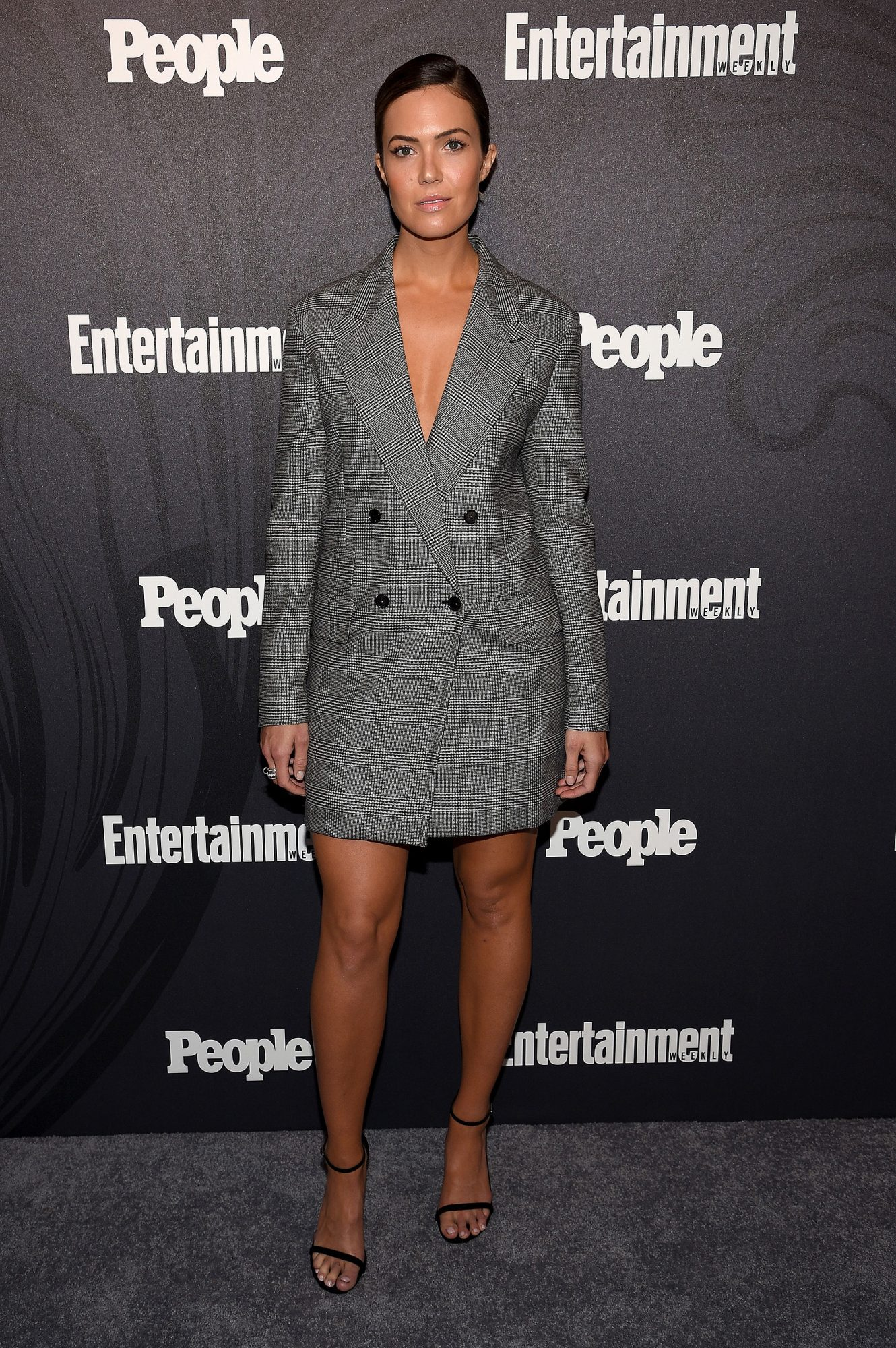 people-ew-upfronts-arrivals-15