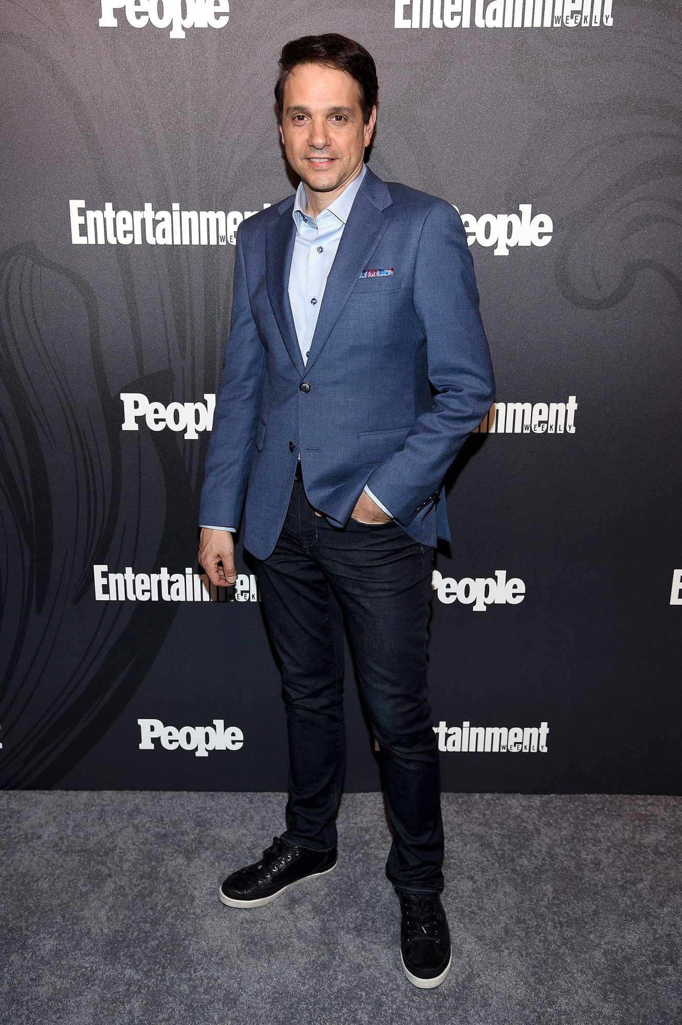 people-ew-upfronts-arrivals-25