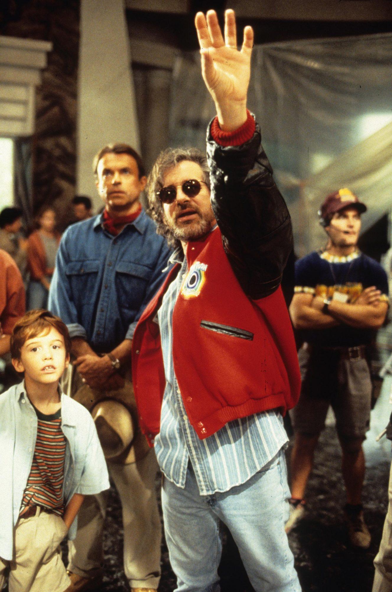 Jurassic Park  1993Joseph Mazzello, Sam Neill (rear), Steven Spielberg