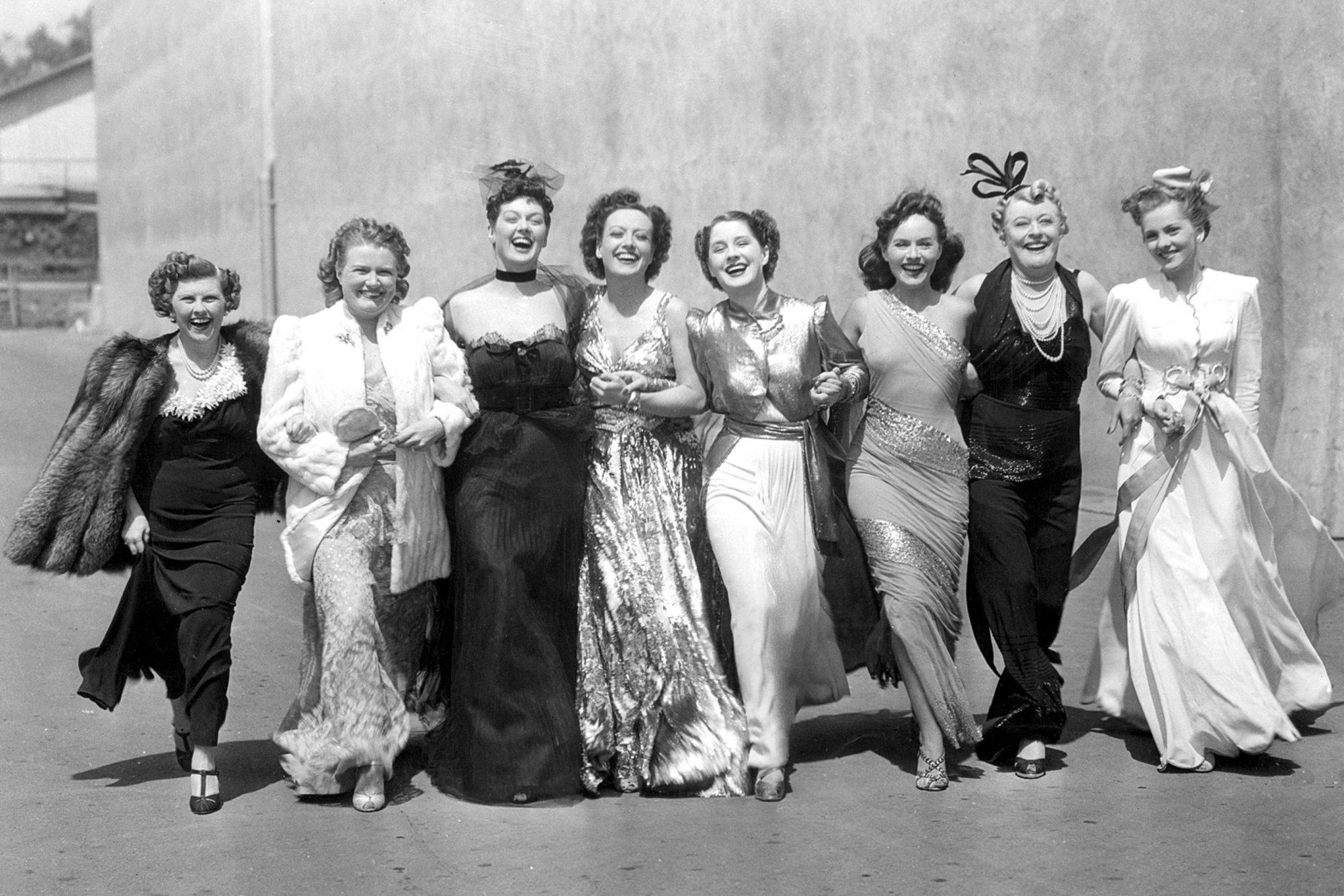 THE WOMEN, Phyllis Povah, Rosalind Russell, Joan Crawford, Norma Shearer, Paulette Goddard, Mary Bol