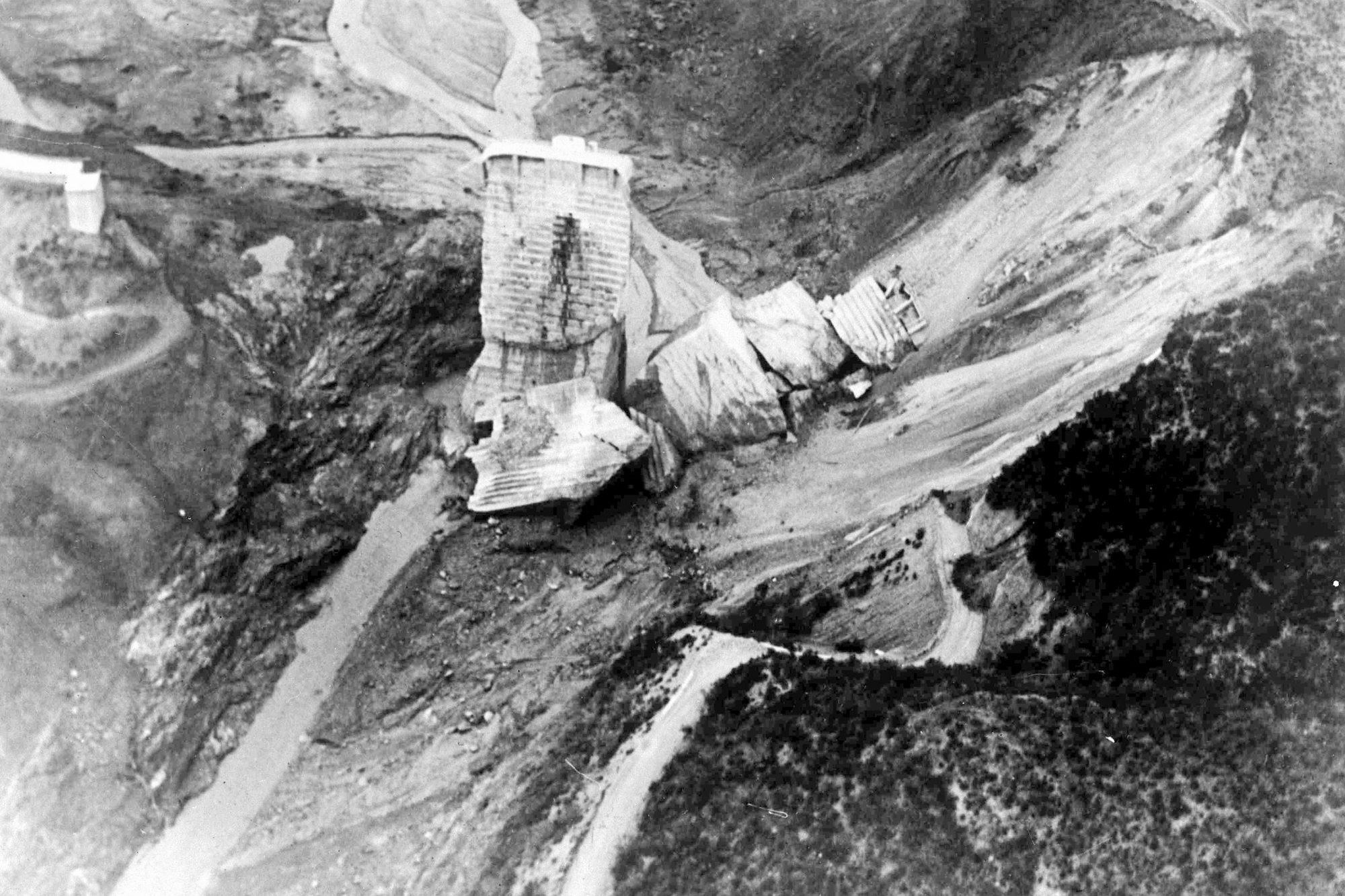 USA Floods St Francis Dam, Los Angeles, USA